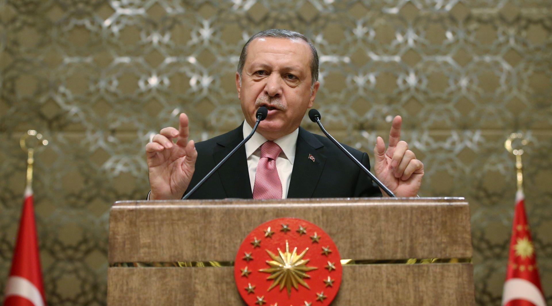 Erdogan optužuje Njemačku da potiče 'nacističku praksu'