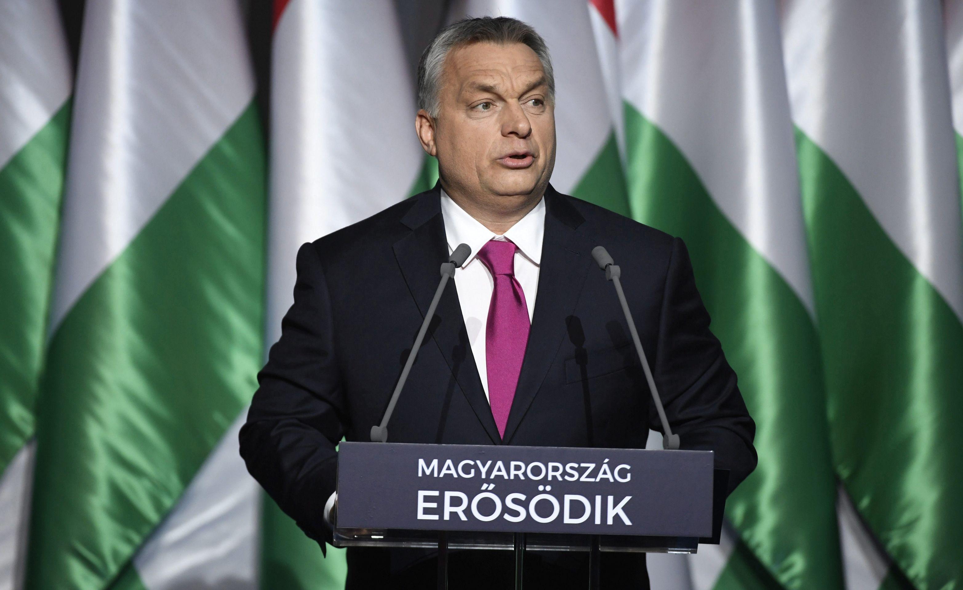 Orban kaže kako je Mađarska od početka bila u pravu oko migrantske krize