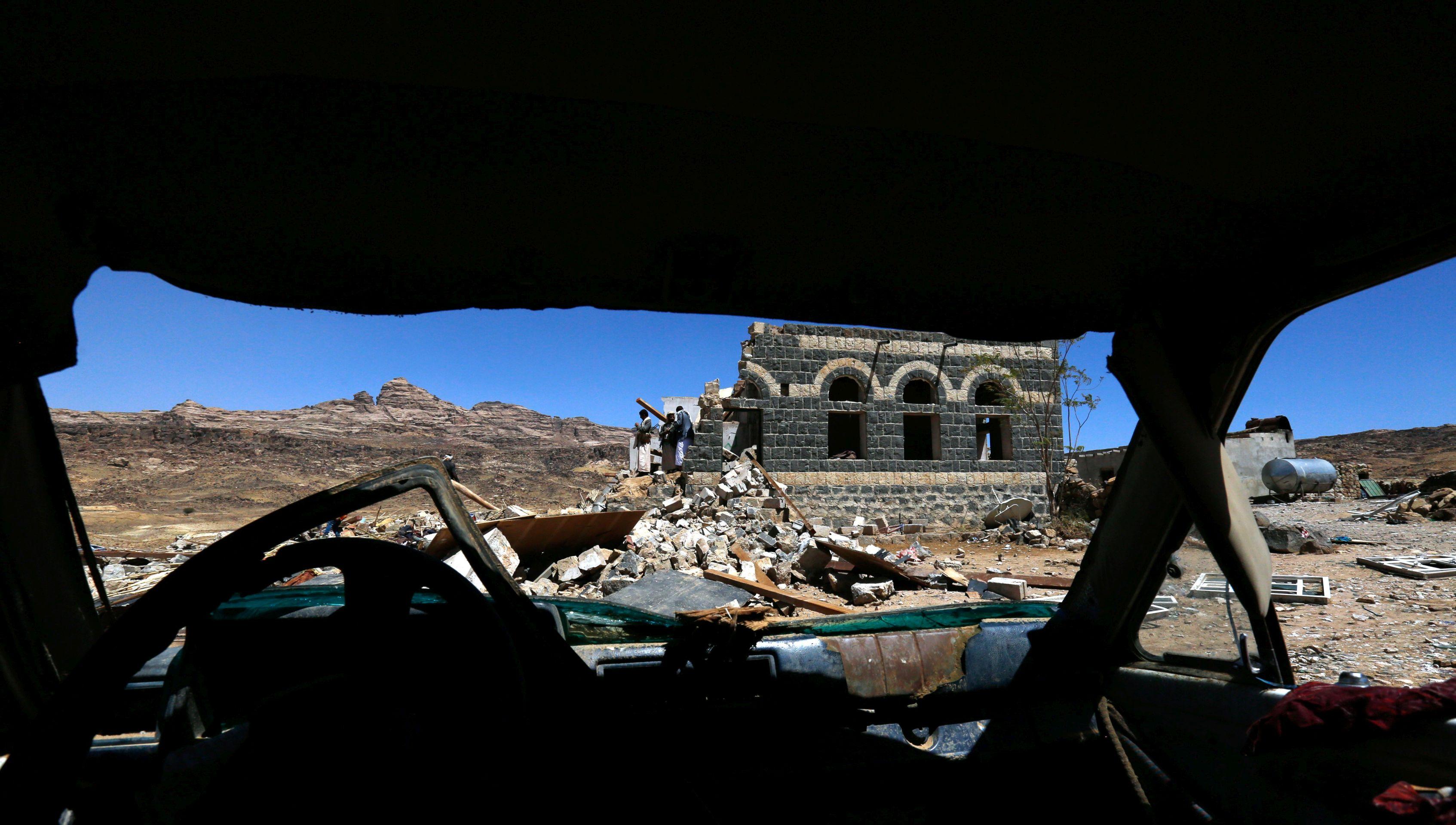 JEMEN 26 vojnika poginulo u pobunjeničkom raketiranju
