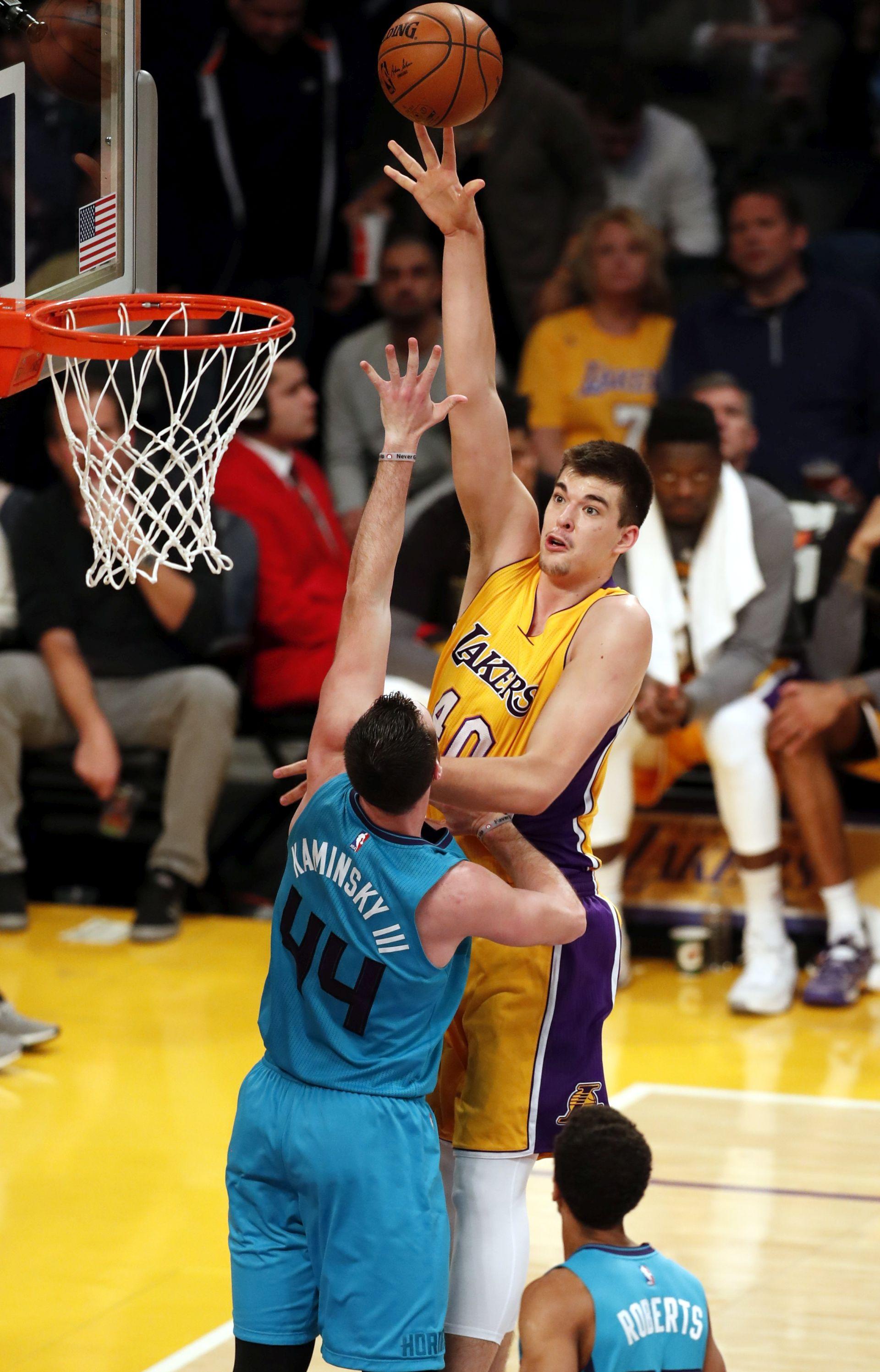 NBA Zubac ozlijeđen, James postao sedmi najbolji strijelac NBA