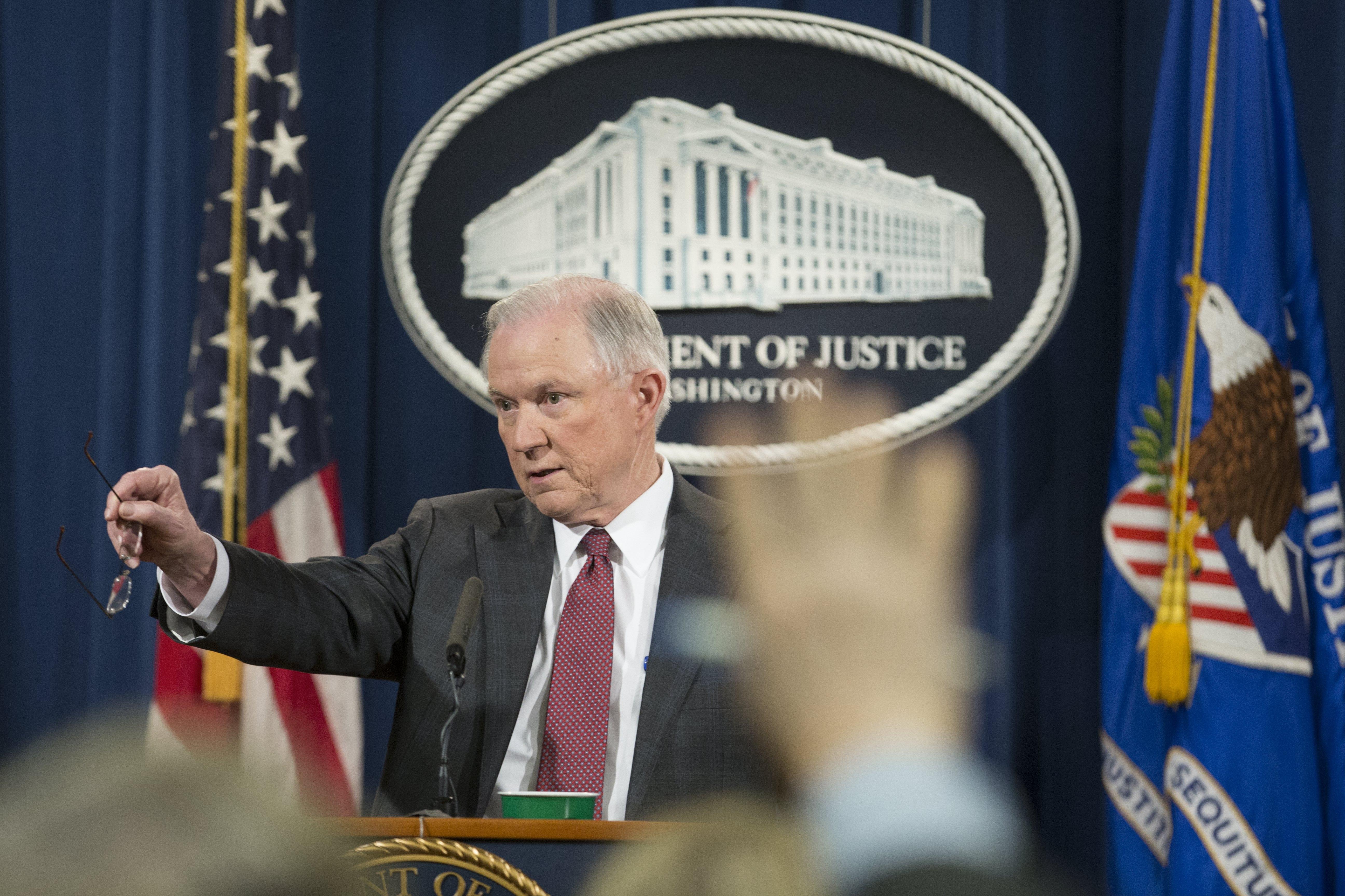 U SAD-u 300 izbjeglica pod istragom zbog sumnje da su teroristi