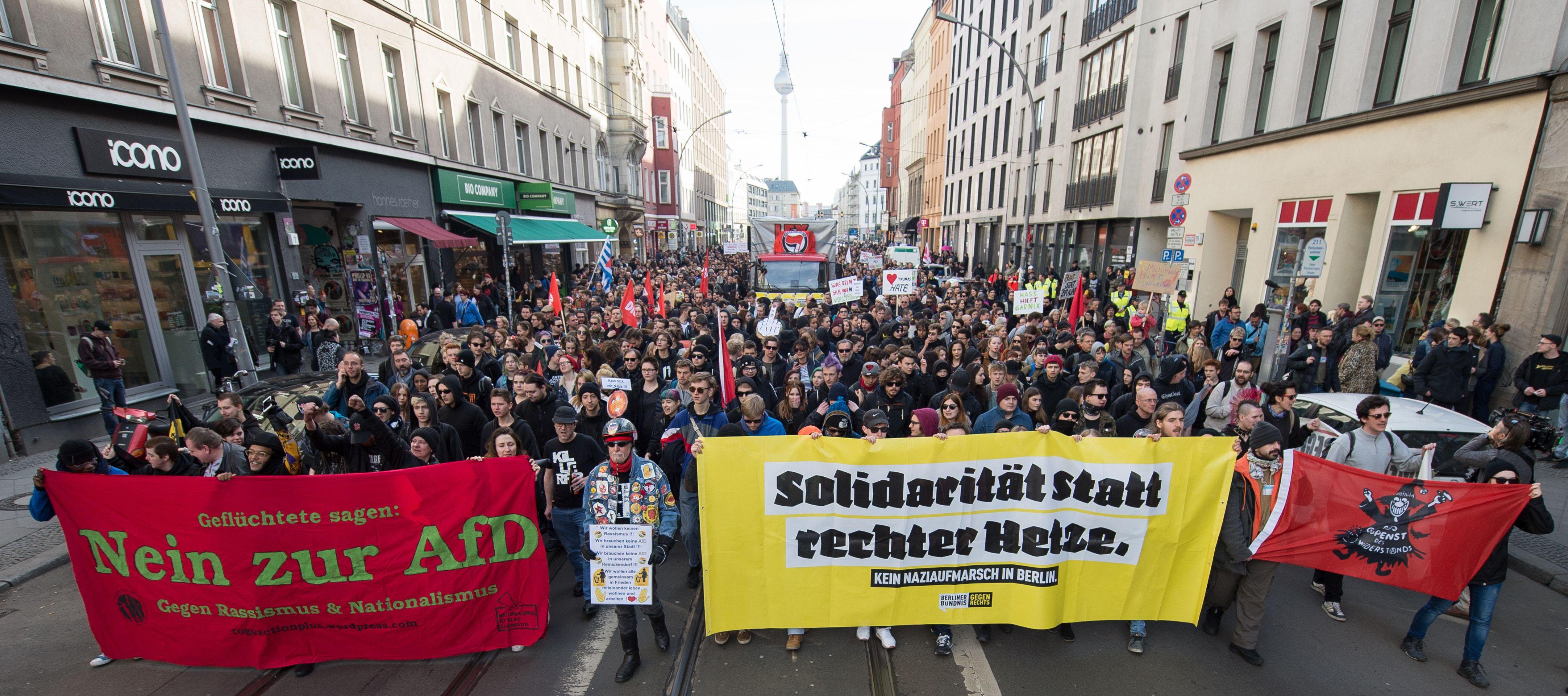 Desno-populistička AfD bilježi u Njemačkoj stalan pad popularnosti