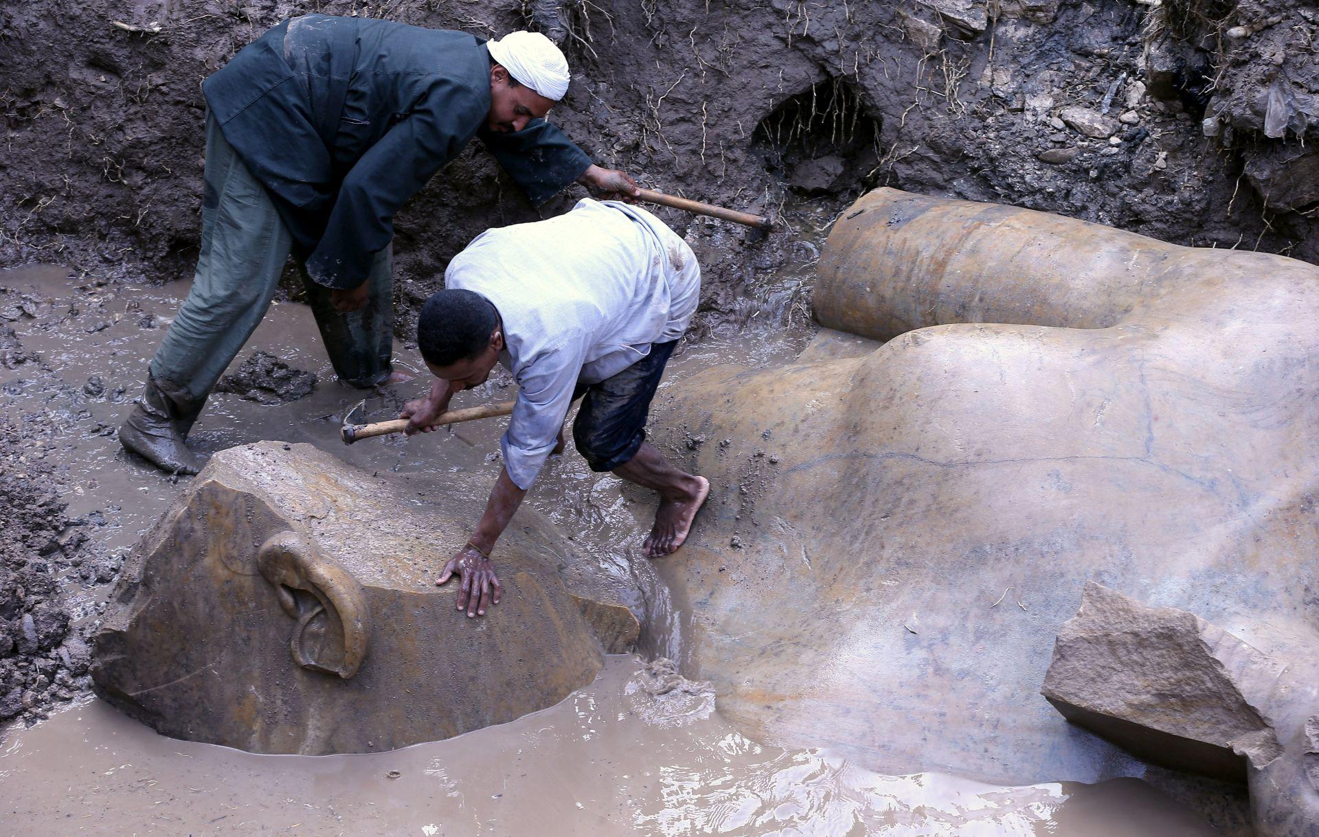 Veličanstveni Ramzes II. 'izronio' iz blata