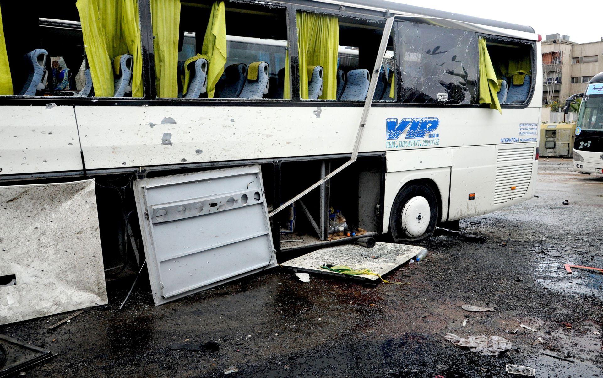 Broj žrtava dvostrukog atentata na Damask narastao na 60