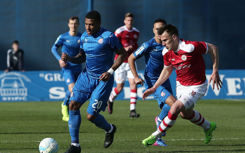 HNL Remi na Poljudu, Dinamo smanjio zaostatak
