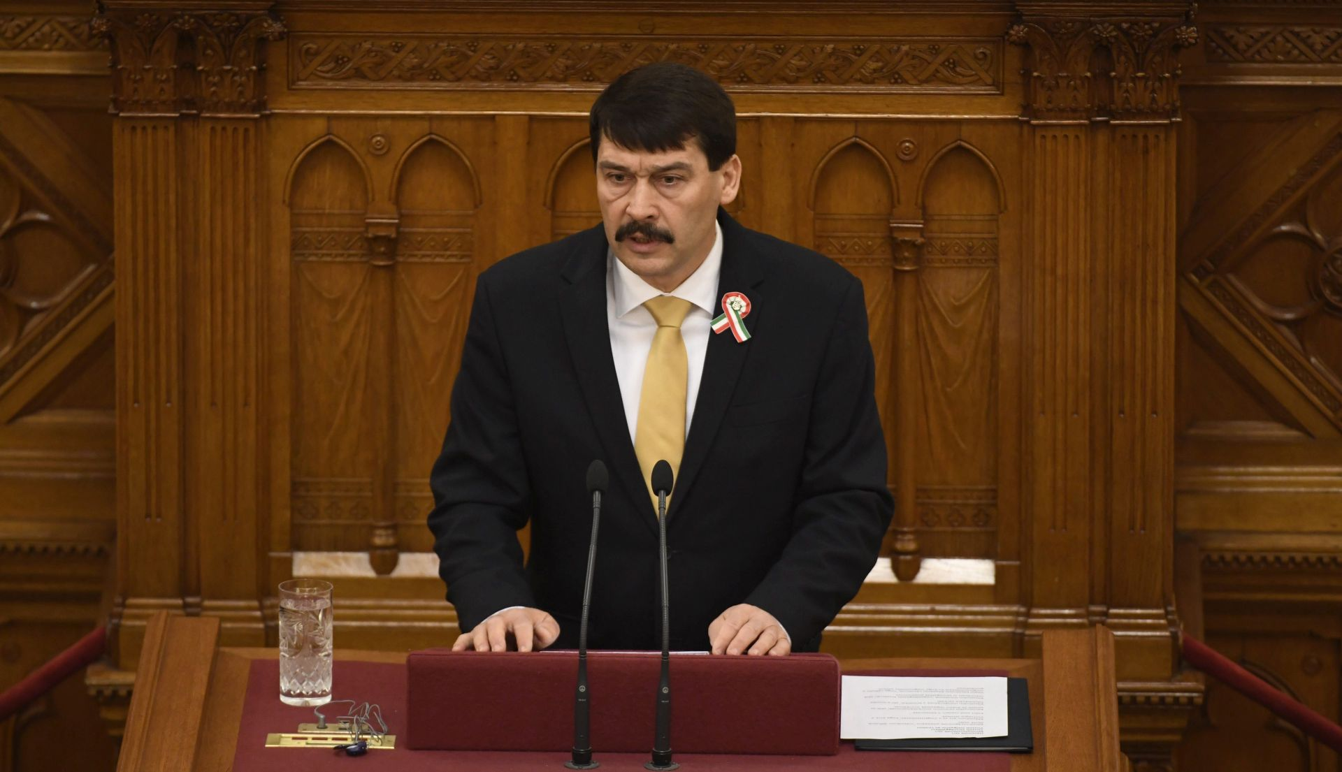 MAĐARSKA Ader ponovno izabran za predsjednika
