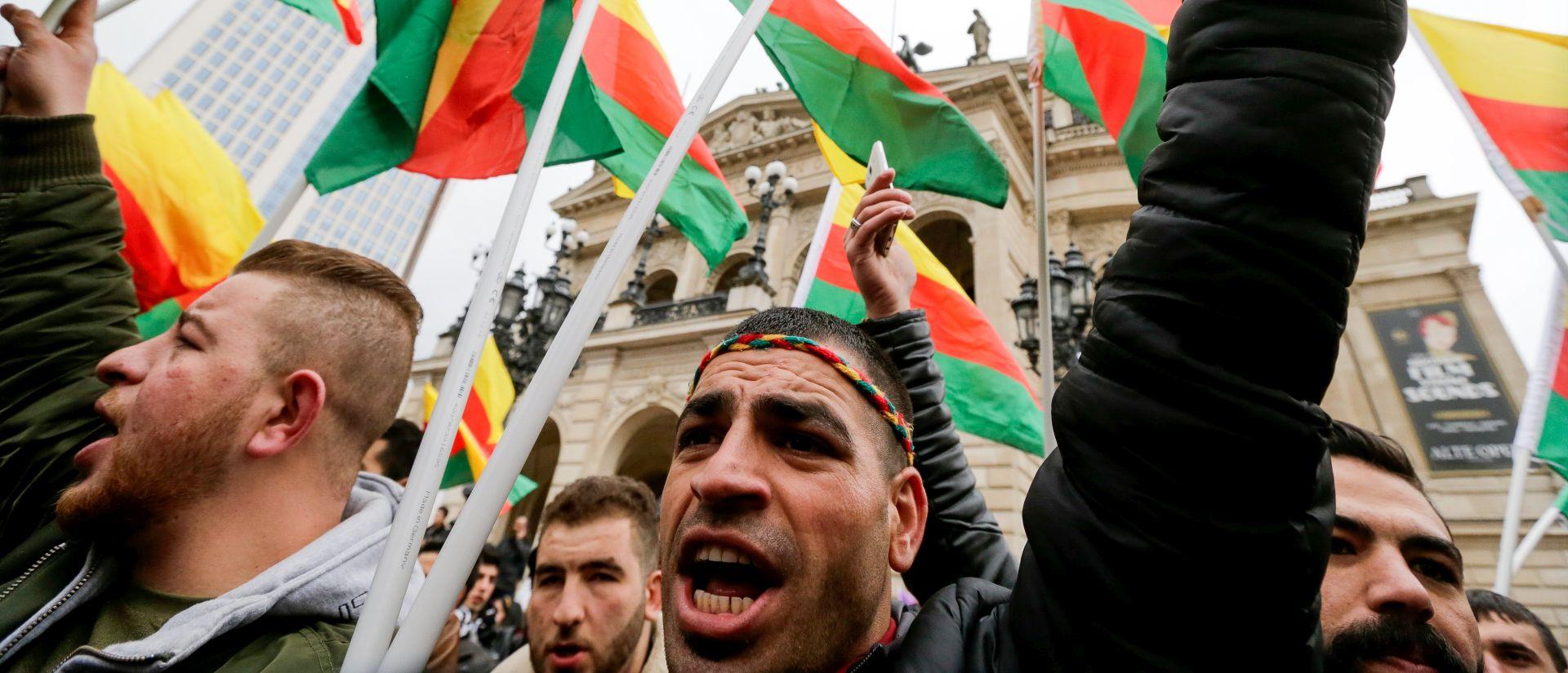 """U Njemačkoj 30 tisuća Kurda prosvjeduje za """"demokraciju u Turskoj"""""""