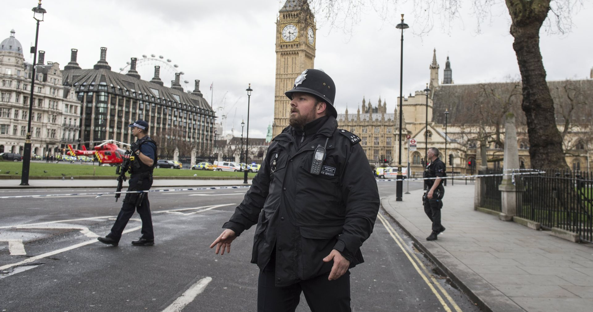 VIDEO: LONDON Snimljen trenutak kad su policajci upucali napadača