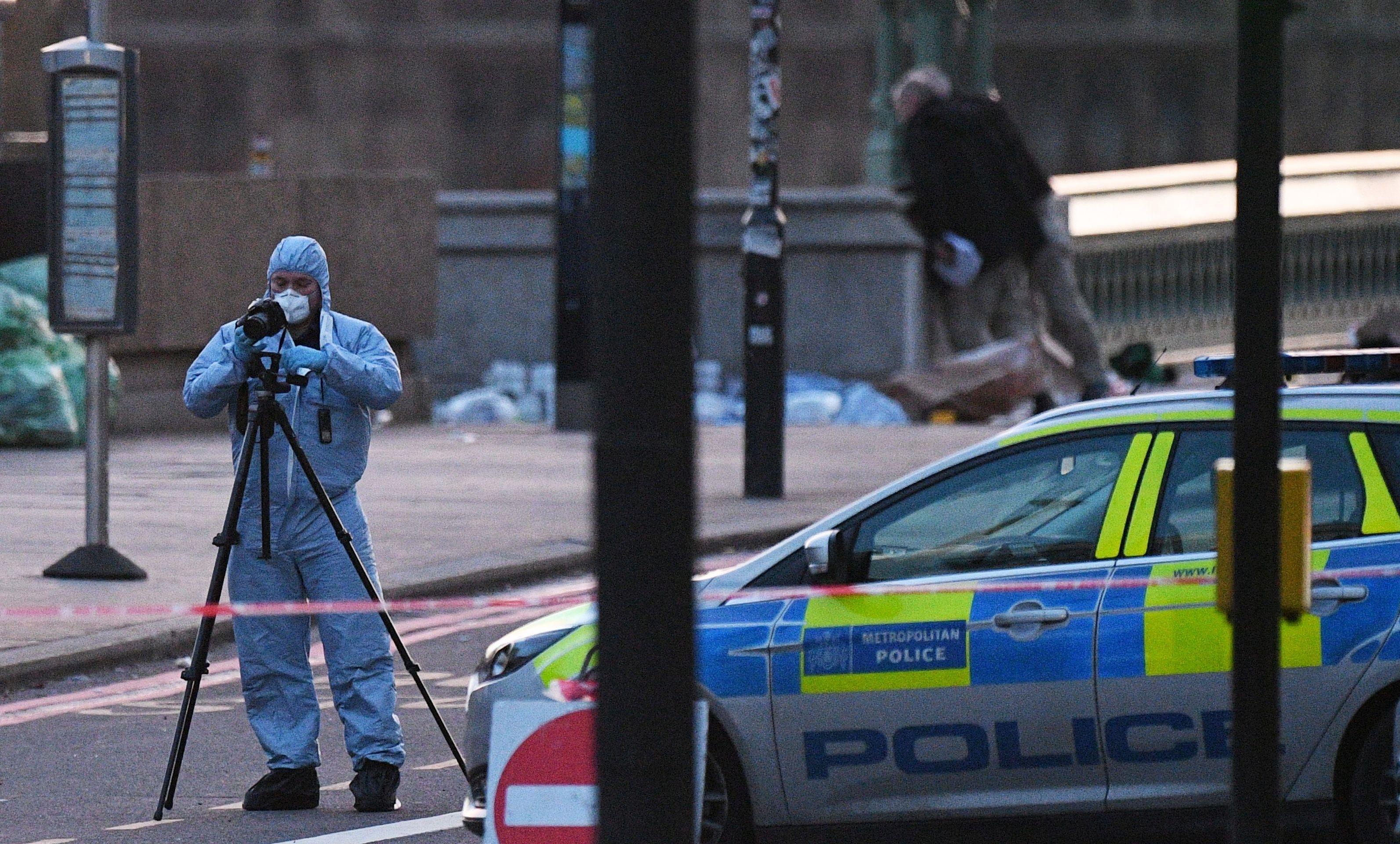 Četvero ubijenih i najmanje 20 ranjenih u terorističkom napadu u Londonu