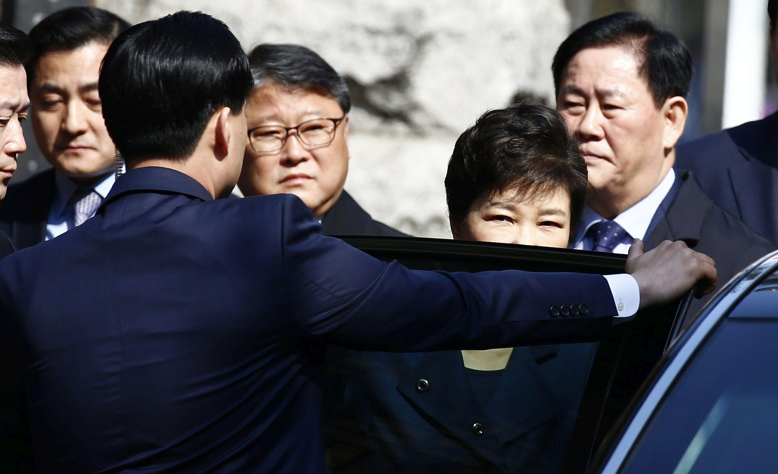 Južnokorejski sud potvrdio uhidbeni nalog za bivšu predsjednicu Park Geun-hye