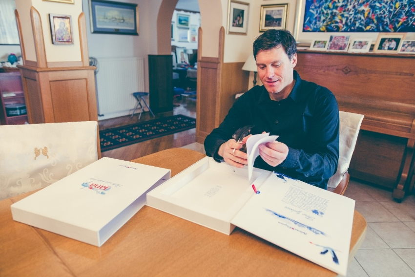Ivica Kostelic pise perom ljubavi_3