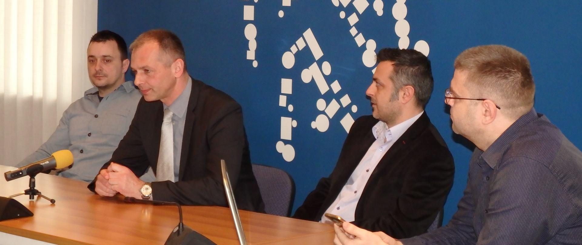 Gradska uprava Kutine s građanima komunicira mobilnom aplikacijom
