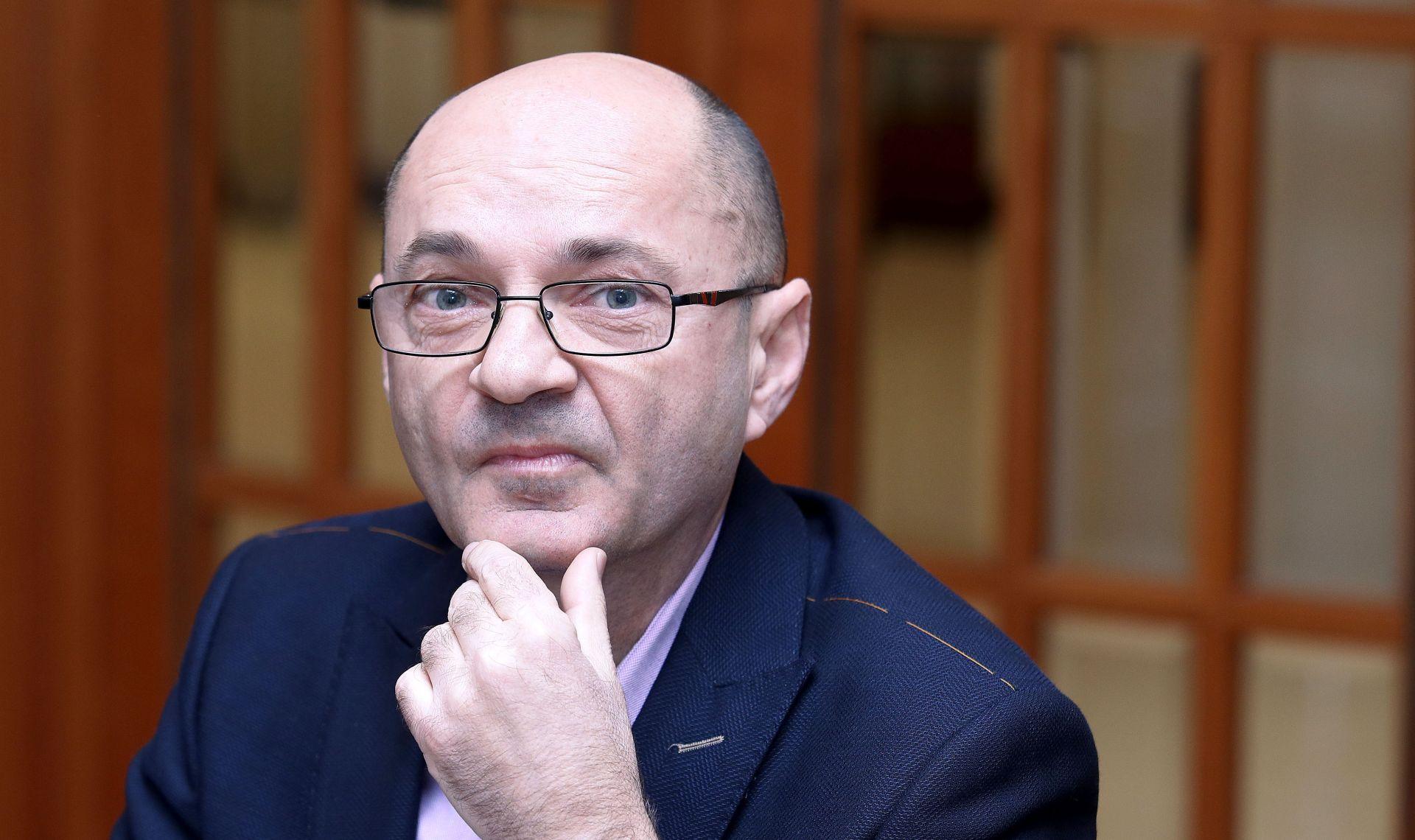 SABOR Aleksić prikupio 78 potpisa za zakone o potrošačkom kreditiranju i zaštiti potrošača
