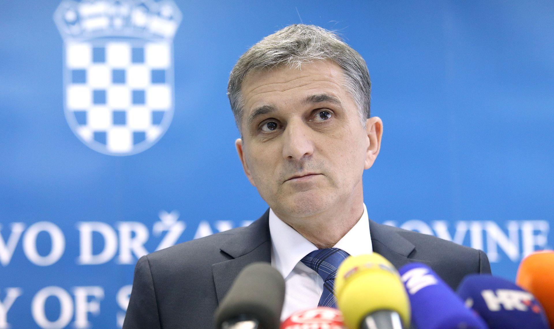 Ministar Marić lokalnim jedinicama prepustio nekoliko nekretnina