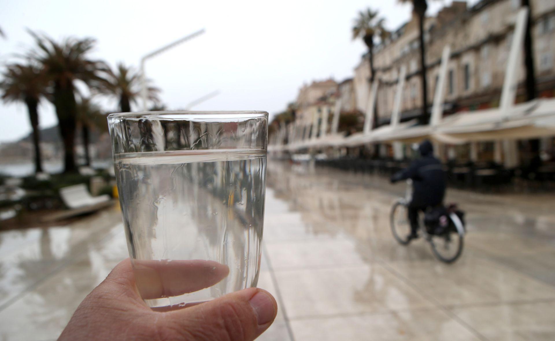SPLITSKI VODOVOD I KANALIZACIJE Voda na izvorištu rijeke Jadro ispravna je za piće