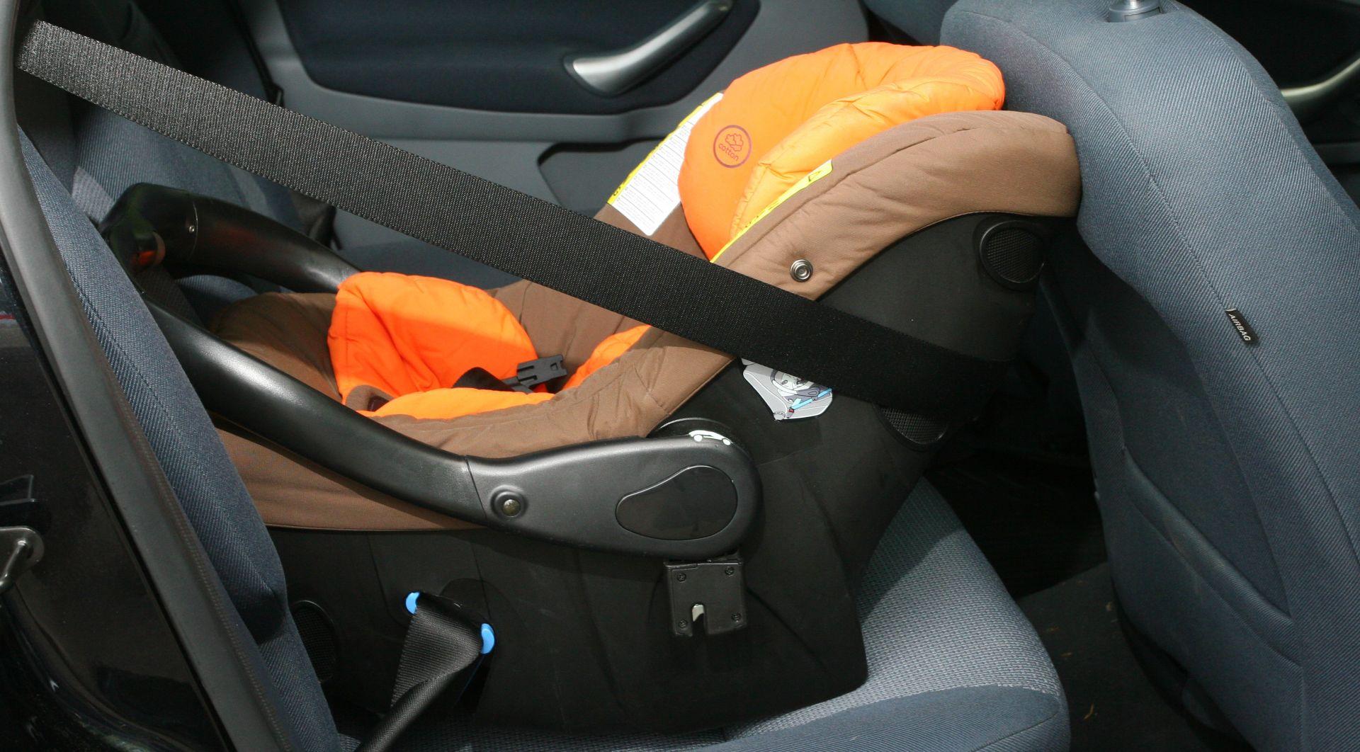 ZAGREBAČKA POLICIJA Pojačan nadzor korištenja sigurnosnih pojasa i dječjih sjedalica u vozilima
