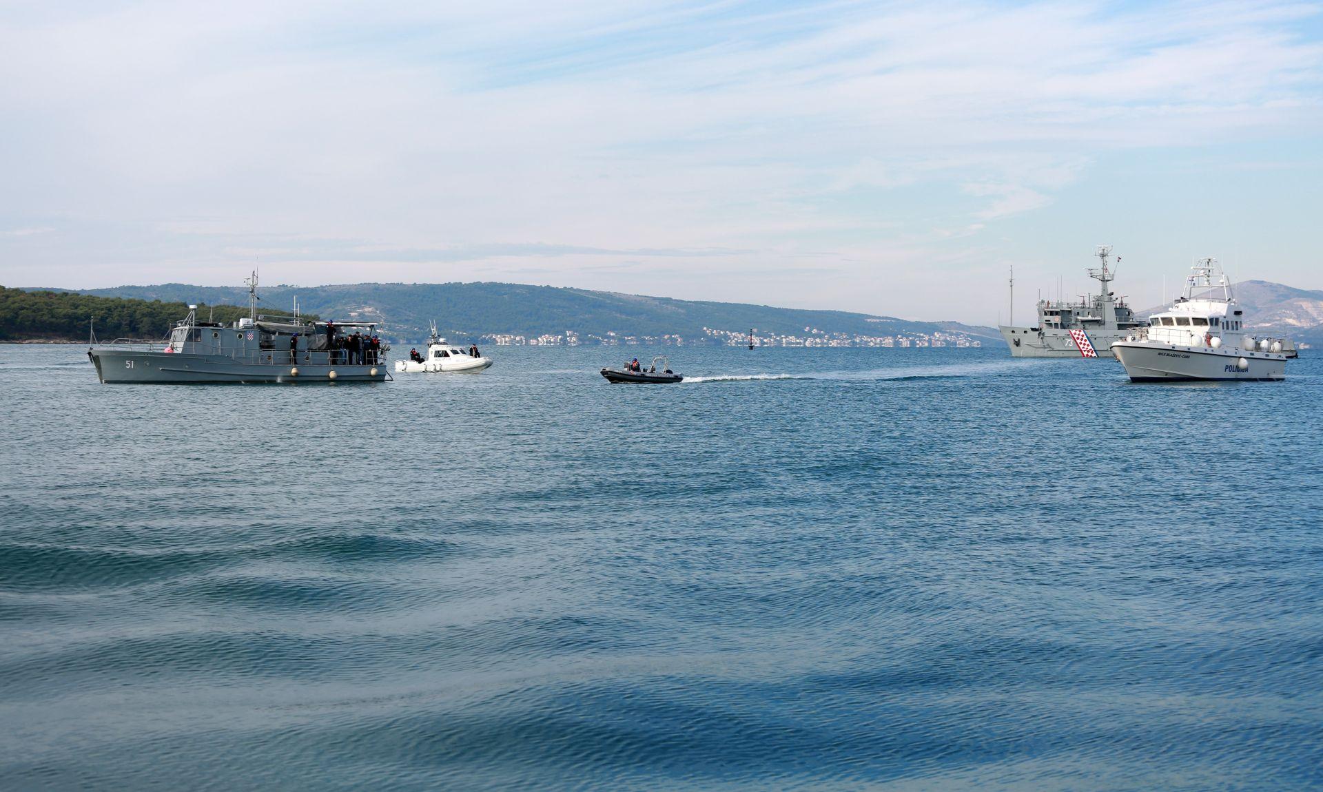 Talijanski ribari bježali hrvatskoj policiji kod Palagruže