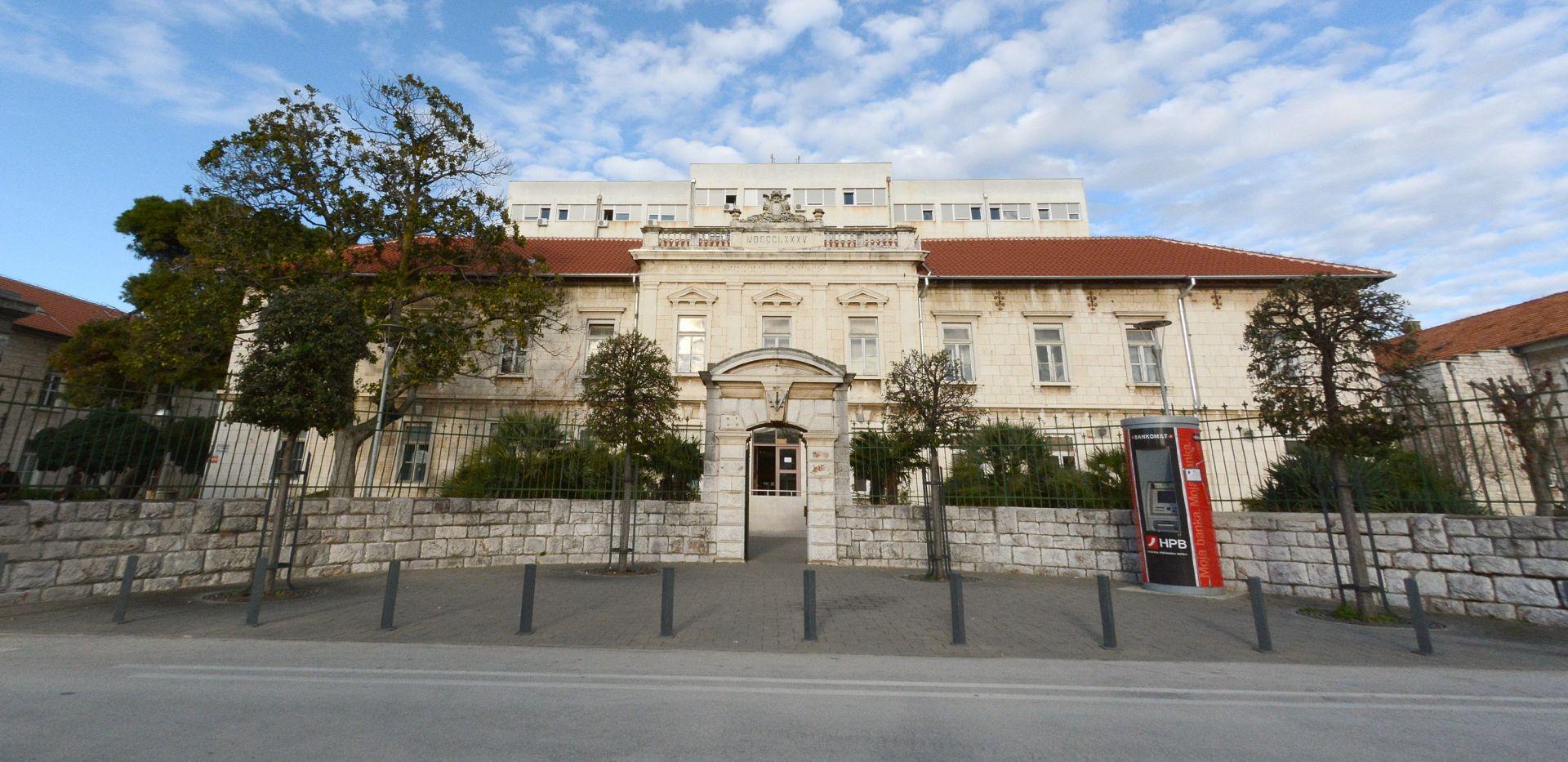 ZADAR Pijani muškarac prijetio bombom na Hitnom bolničkom prijemu