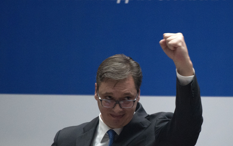 SRBIJA Vučić slavi rođendan, čestitao mu ruski premijer Medvedev