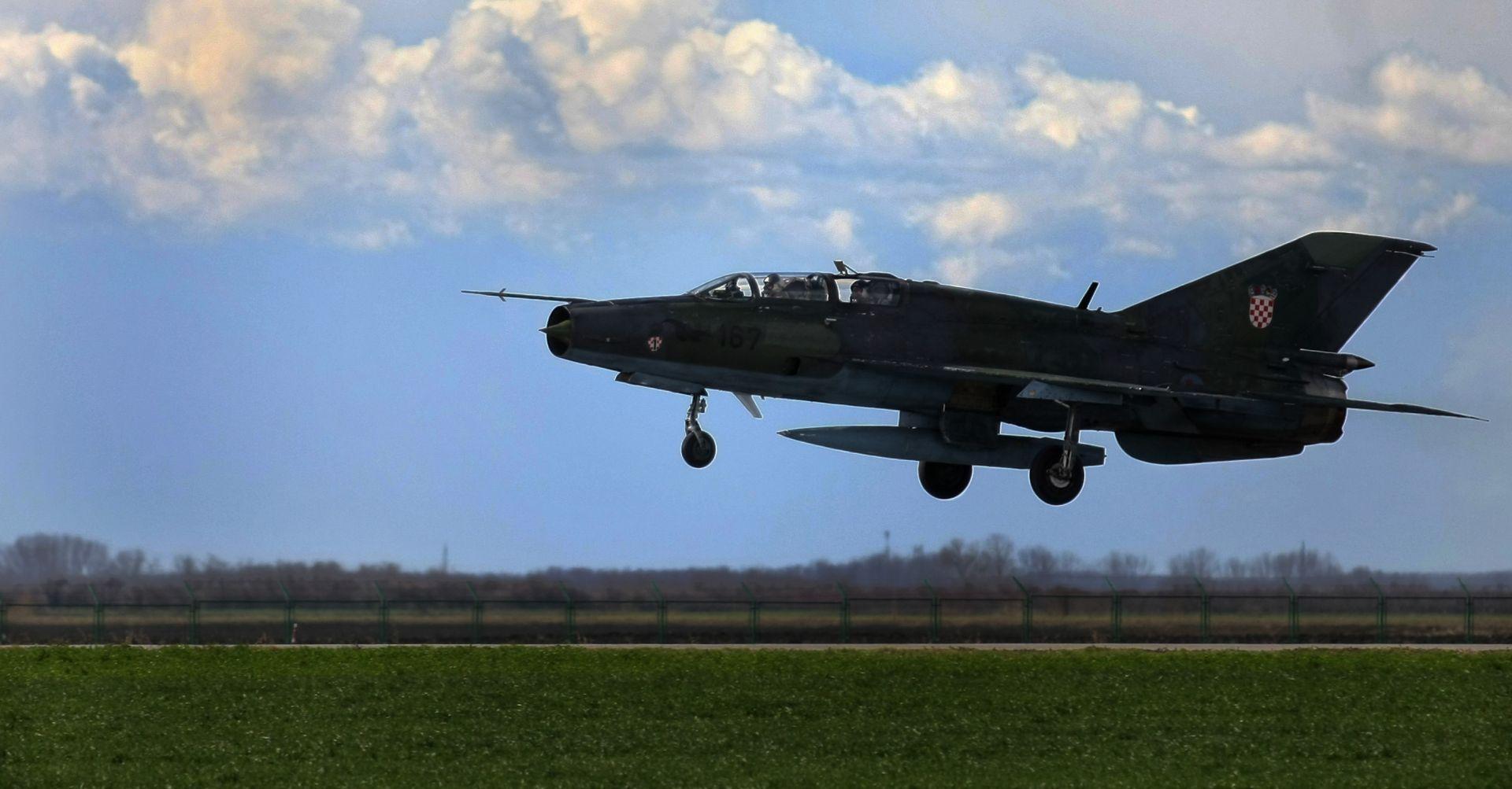 IZBJEGNUTA TRAGEDIJA Usred leta ugasio se motor MiG-a 21