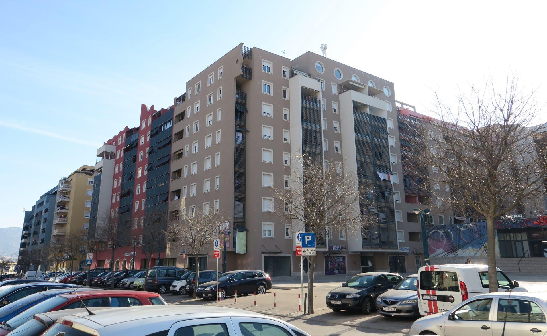 SPLIT Devetogodišnjak pao s petog kata zgrade, nalazi se u induciranoj komi