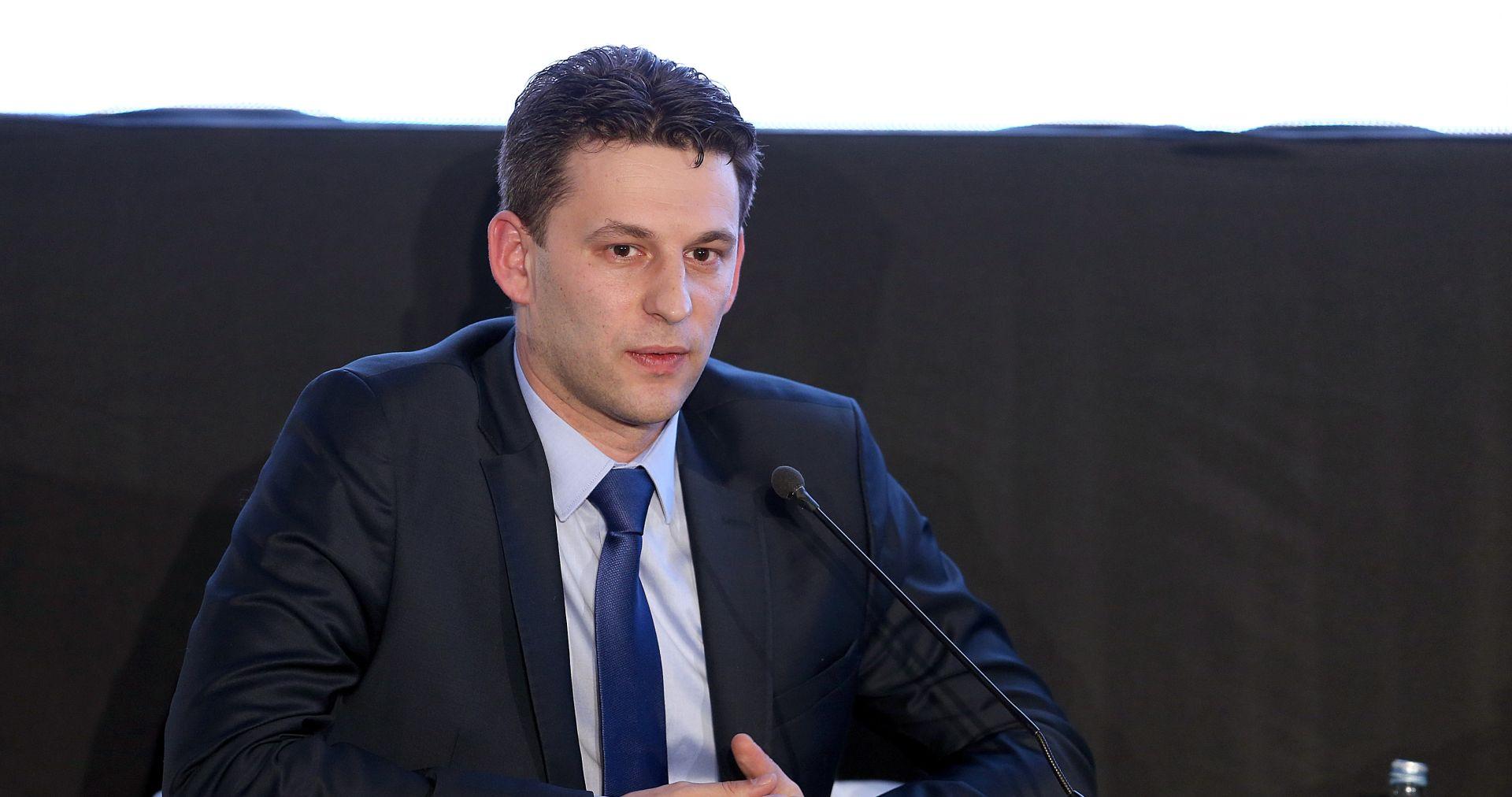 PETROV 'Ne pravimo zakon radi gospodina Todorića, nego da zaštitimo gospodarski sustav i radna mjesta'