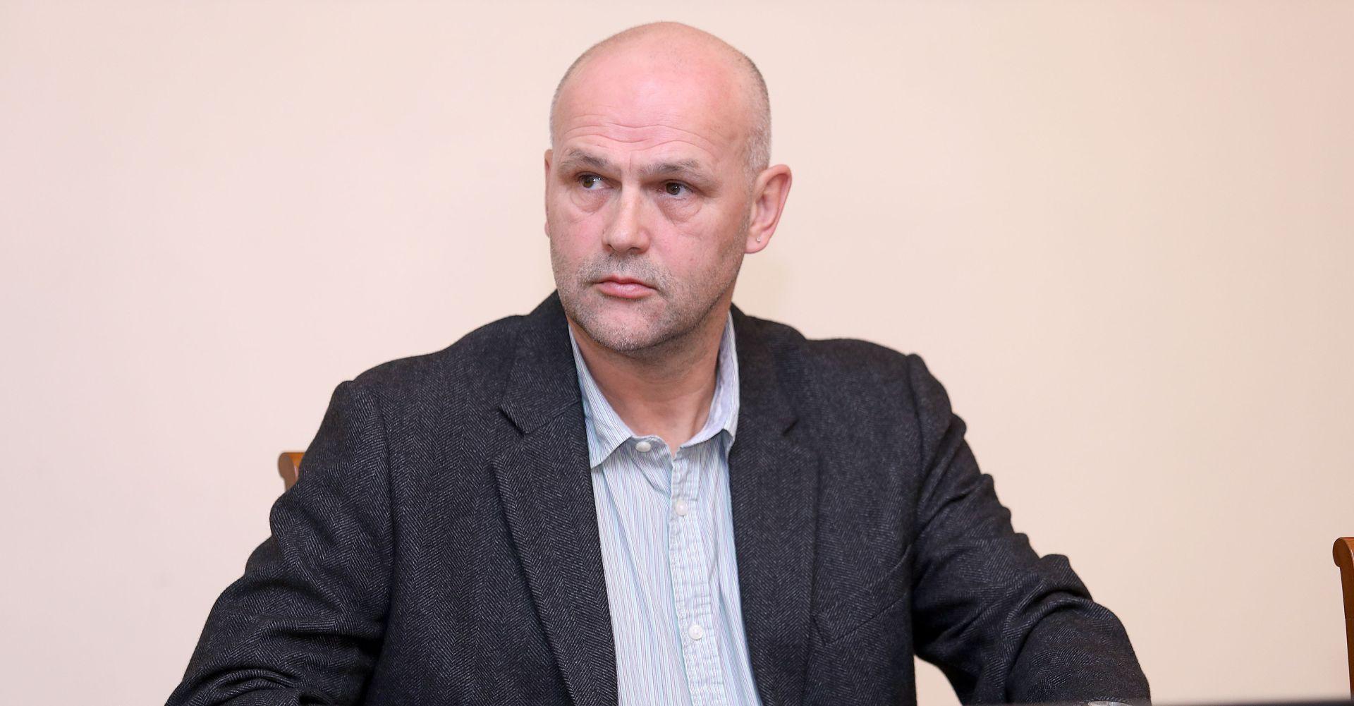 LEKOVIĆ 'U Hrvatskoj je sve više nepouzdanih medija koji objavljuje lažne informacije'