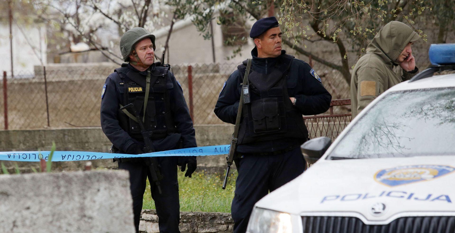 ŠIBENSKA POLICIJA Provalio u sef, ukrao pištolj i ubio roditelje – podignuta kaznena prijava