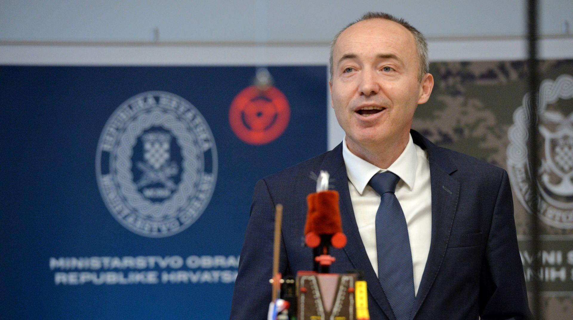 Krstičević čestitao svim vojnicima Dan Hrvatske vojske