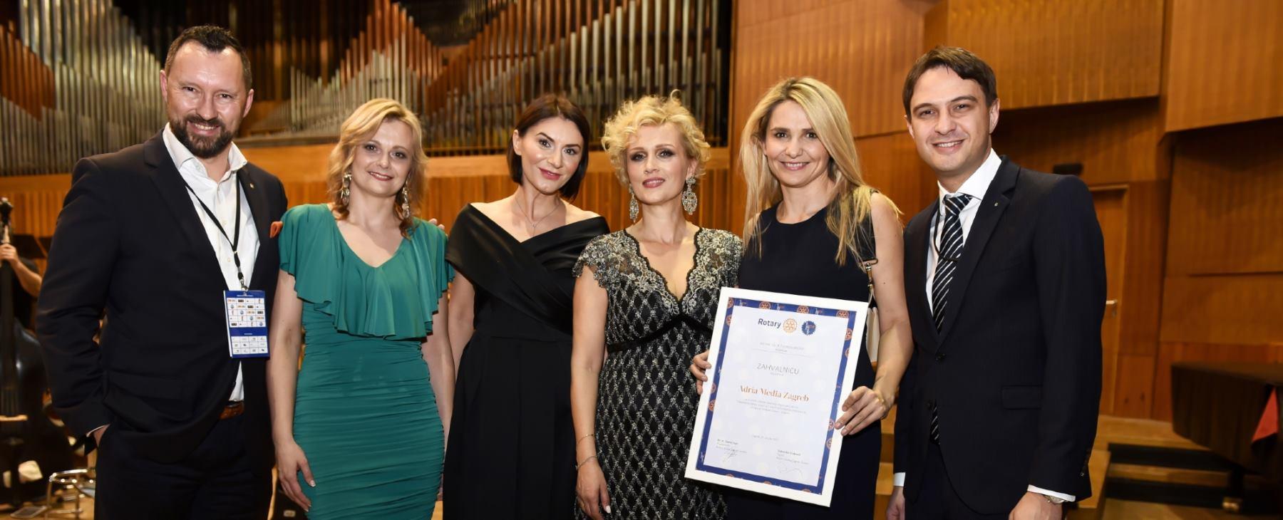FOTO: KD LISINSKI Vanna odradila solistički koncert povodom Svijetskog dana sindroma Down
