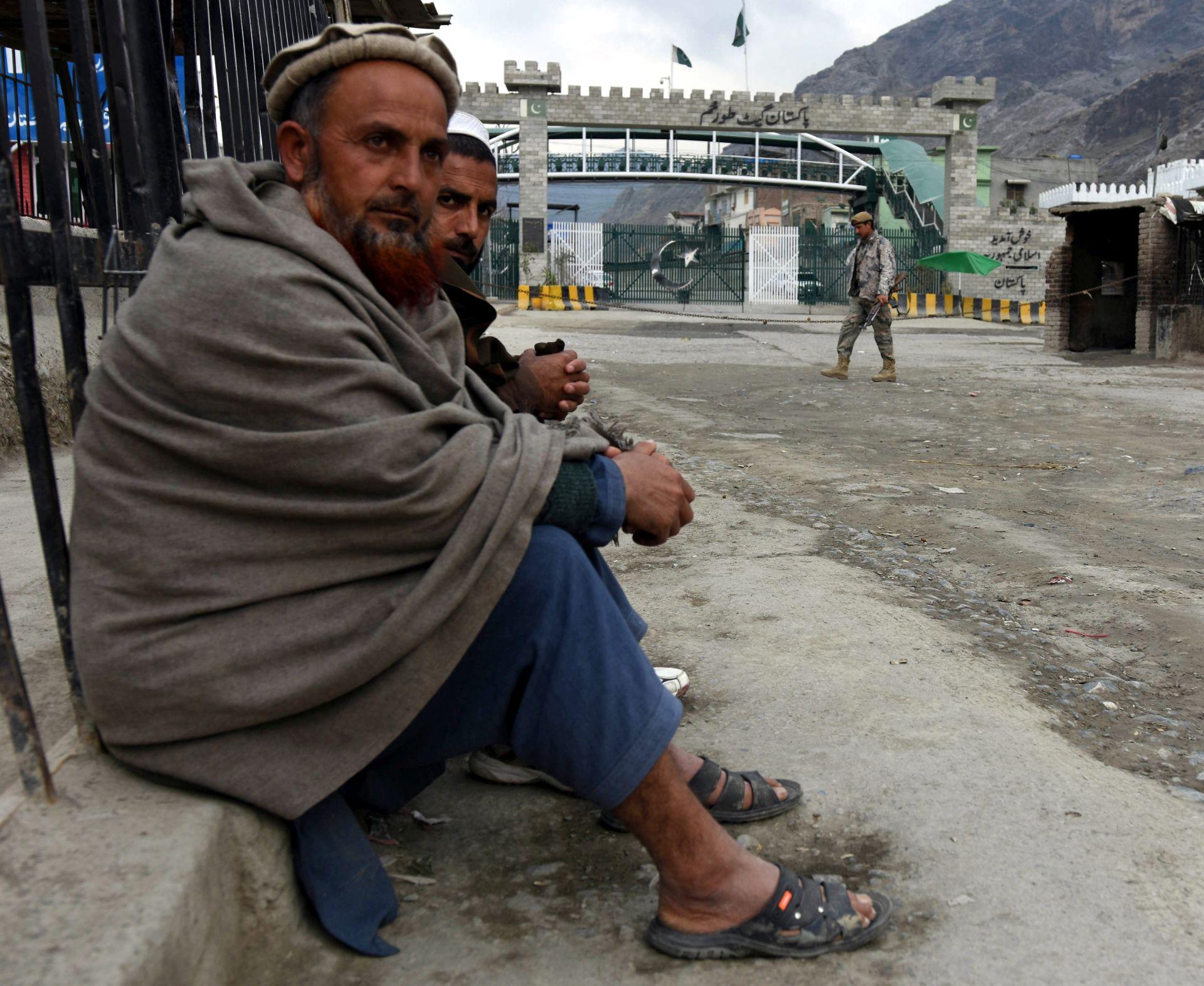 TERORISTIČKI NAPAD: Na pakistansko-afganistanskoj granici 15 mrtvih