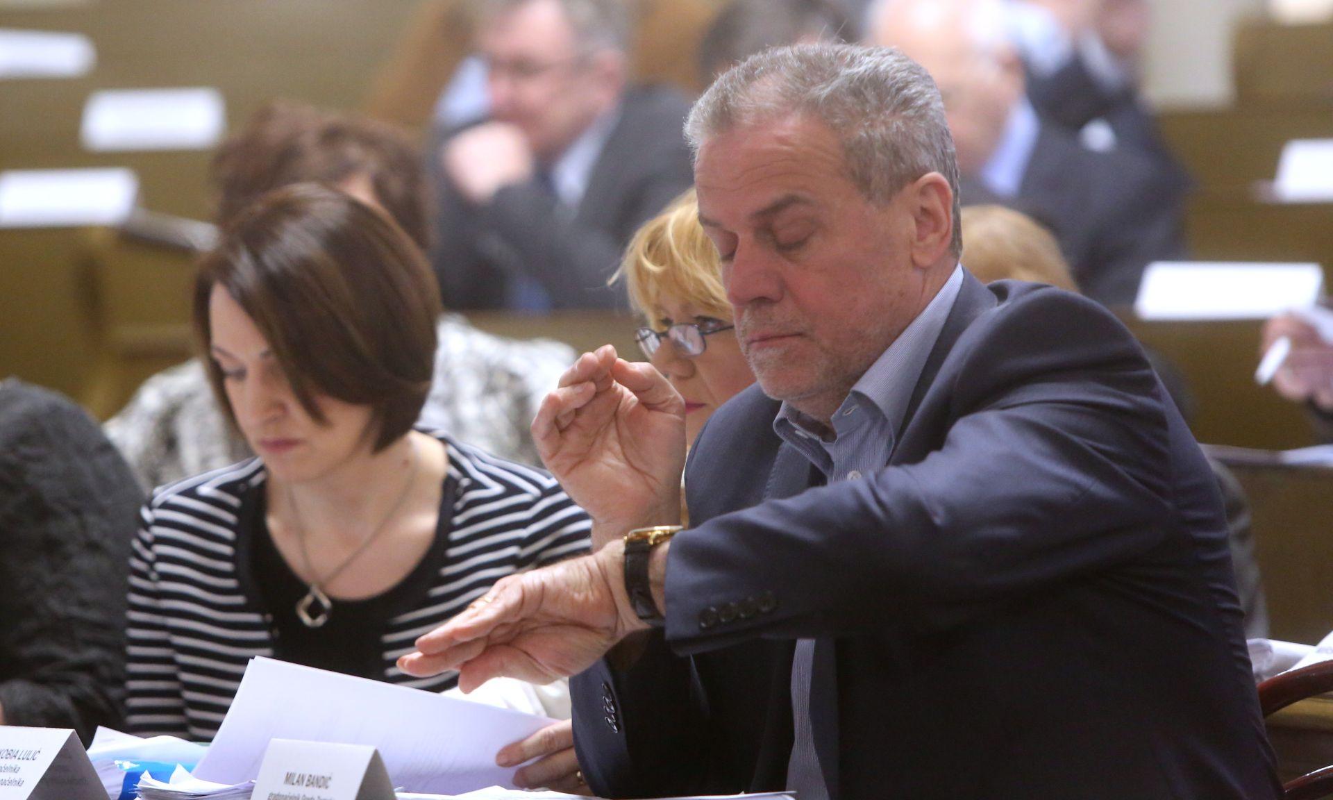 Treći put odbijen Bandićev prijedlog o smanjenju plaća pročelnika i posebnih savjetnika