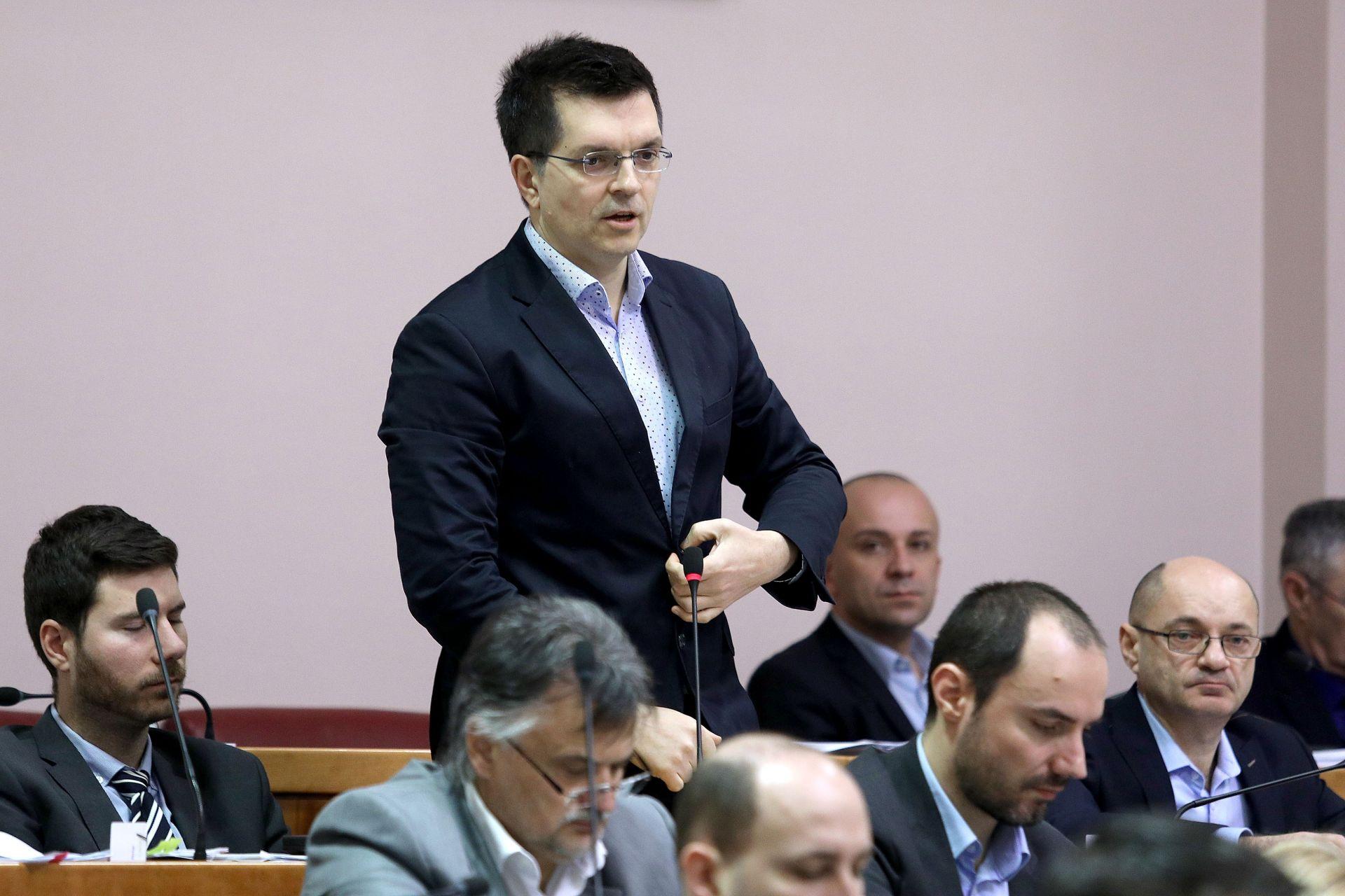 SABOR Bunjac upozorio na bahato ponašanje sanacijske uprave u Jadranskoj banci