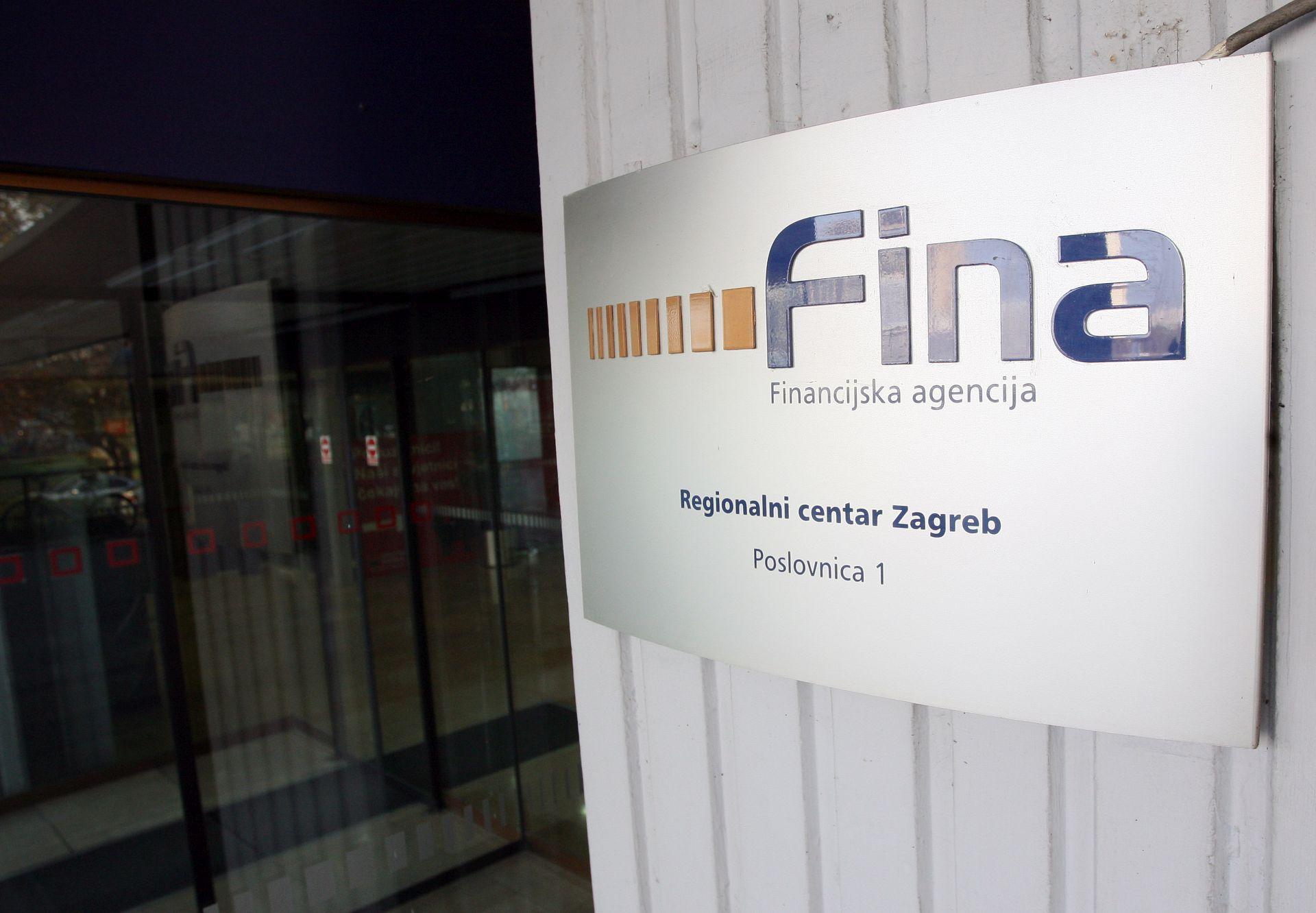 FINA: U tri godine broj blokiranih građana porastao 9, a njihova dugovanja 73 posto