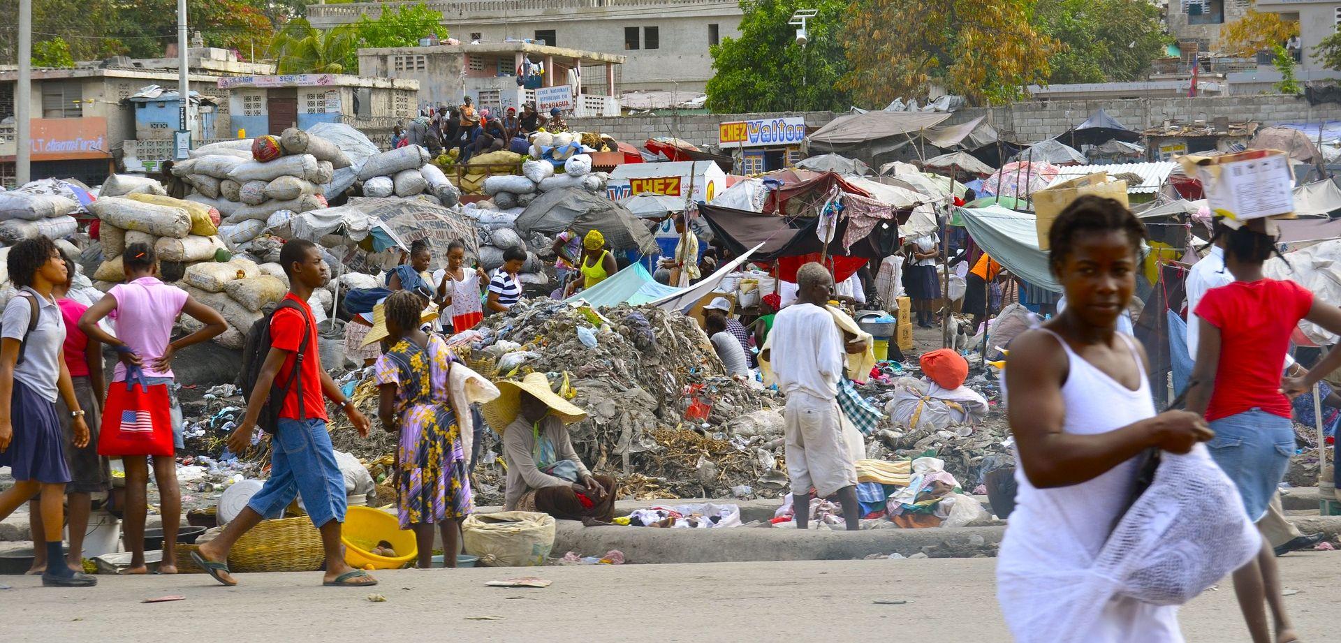 HAITI Autobusom pokosio pješake, najmanje 34 osobe poginule