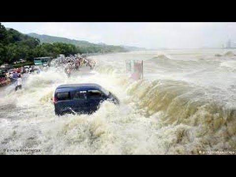 VIDEO: Oslabio uragan Debbie, jaki naleti vjetra i kiše mogli bi 'izazvati porast voda'