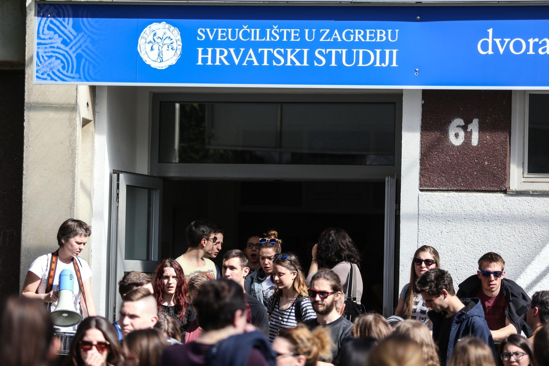 Studentima na Hrvatskim studijima zabranjen govor