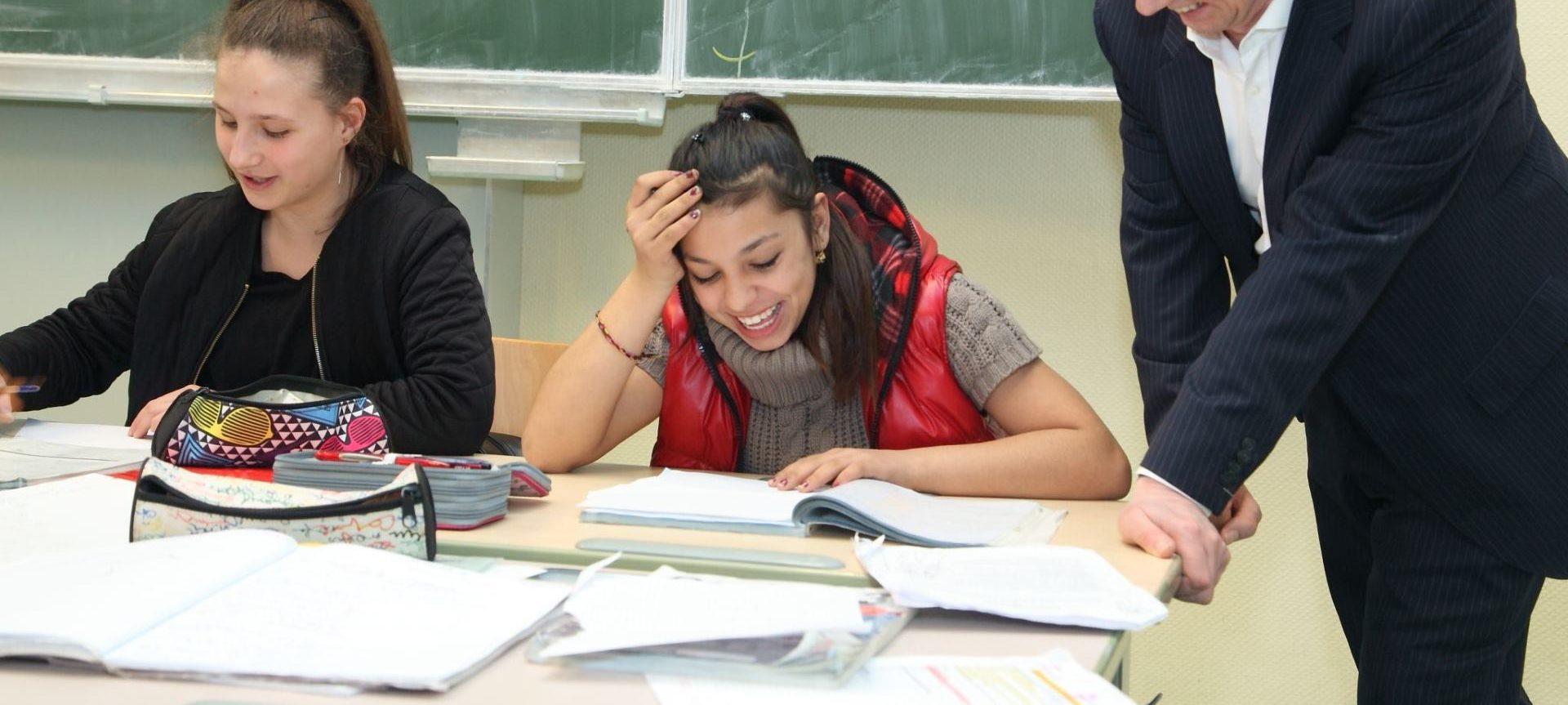 VIDEO: ZVONO ZA UZBUNU Učenici skupili 32 milijuna izostanaka