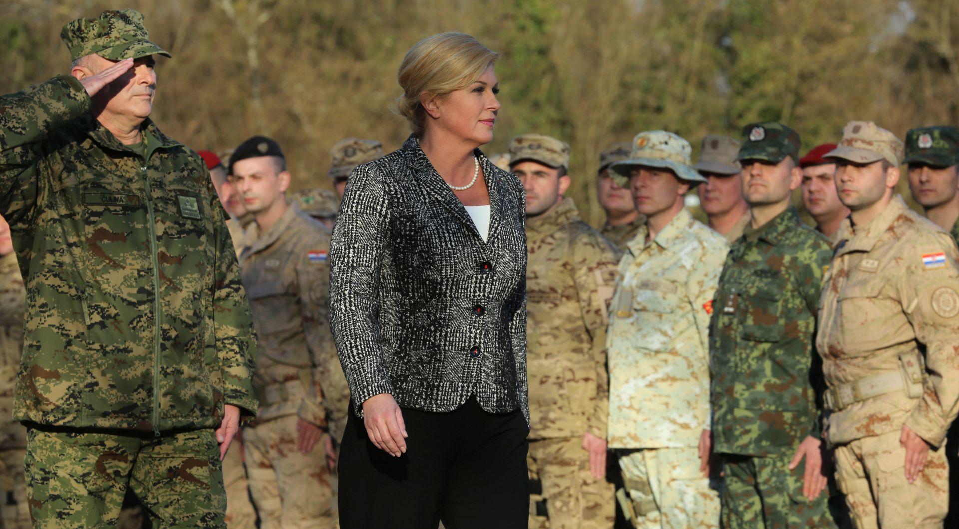 """""""MALI VELEPOSLANICI HRVATSKE"""": Svečano ispraćen 6. HRVCON u Afganistan"""