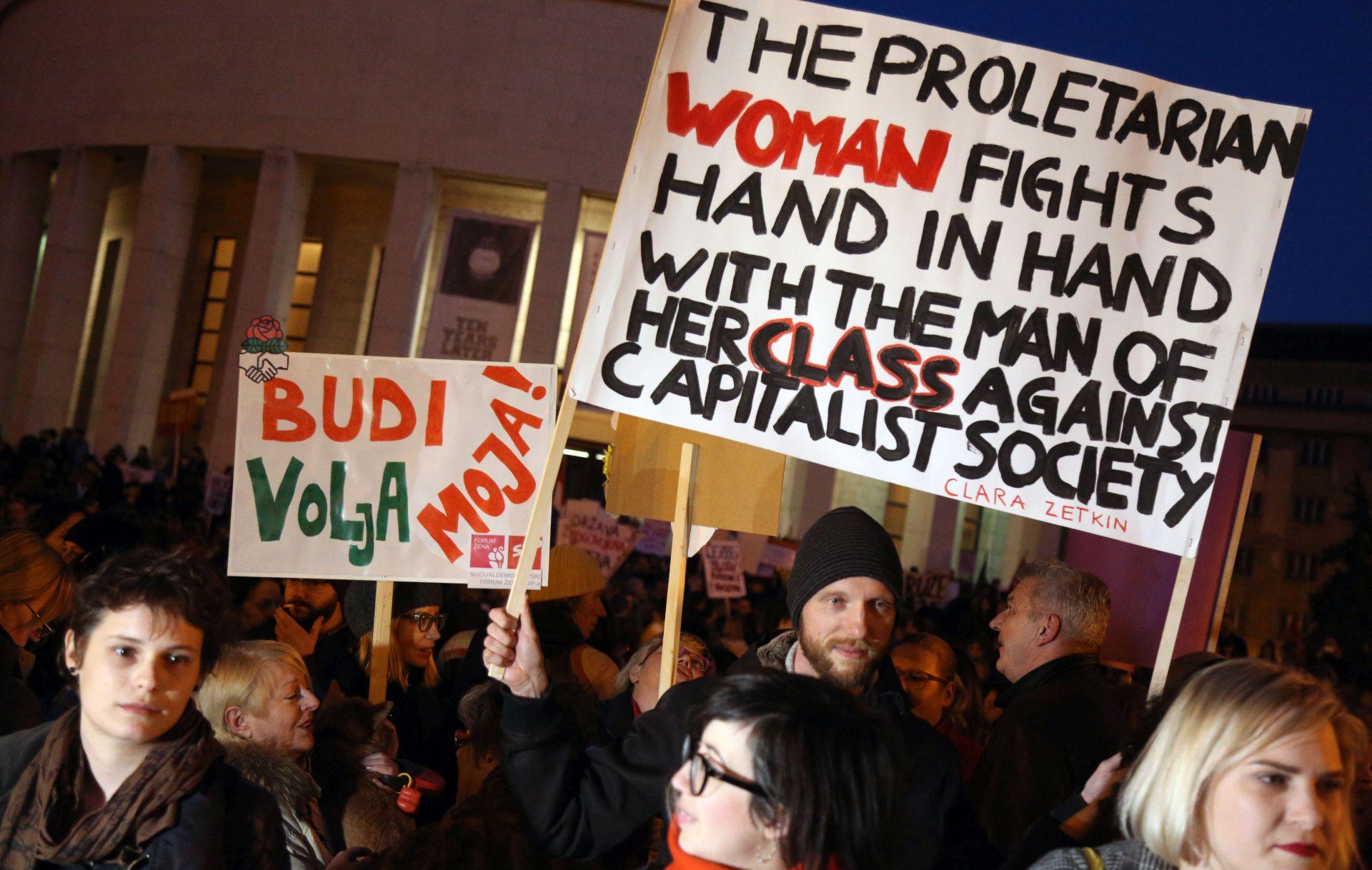 VIDEO Održan Noćni marš za prava žena u Hrvatskoj