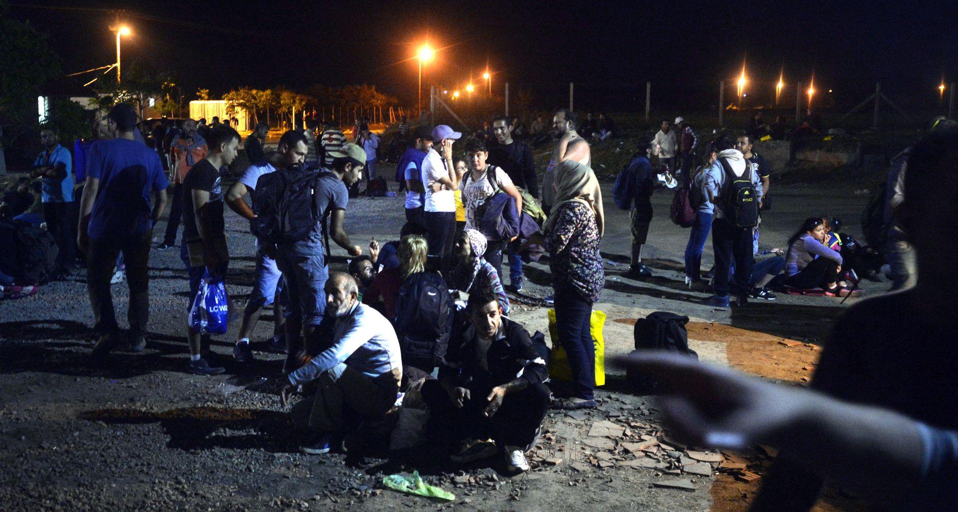 Krvava masovna tučnjava izbjeglica kod Velike Kladuše