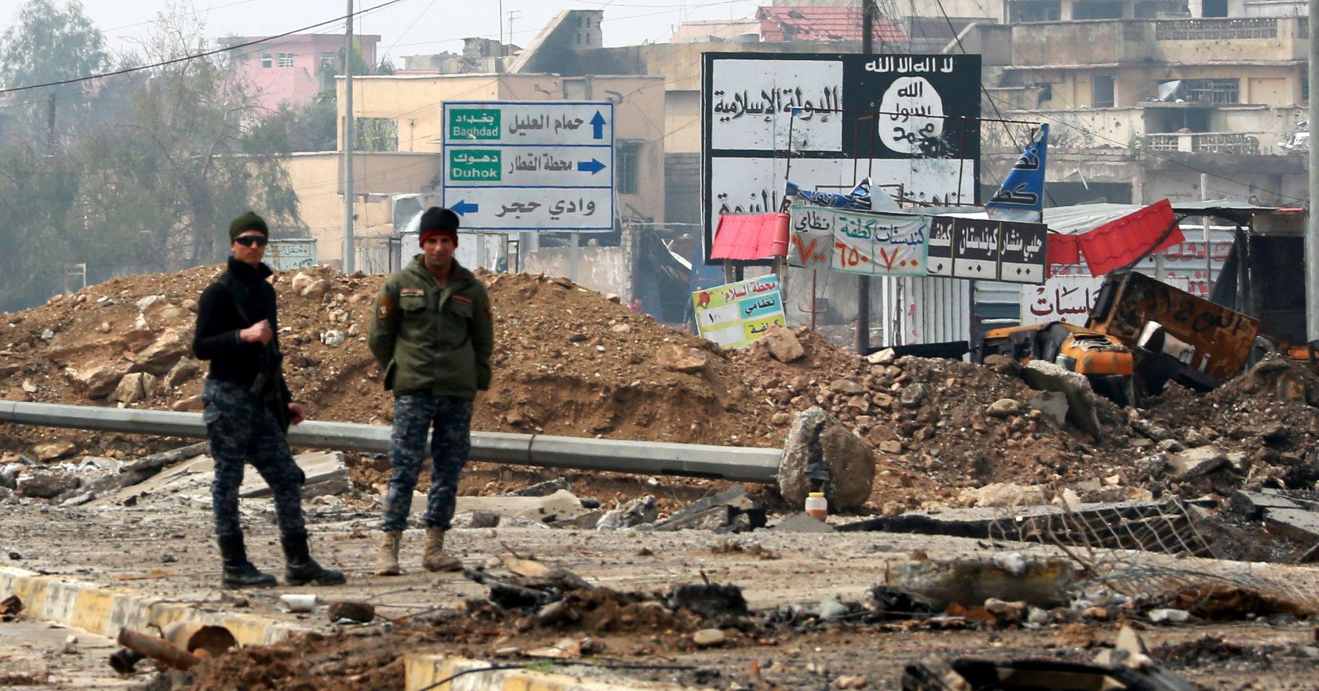ZRAČNI NAPAD: Deseci mrtvih pod ruševinama u Mosulu