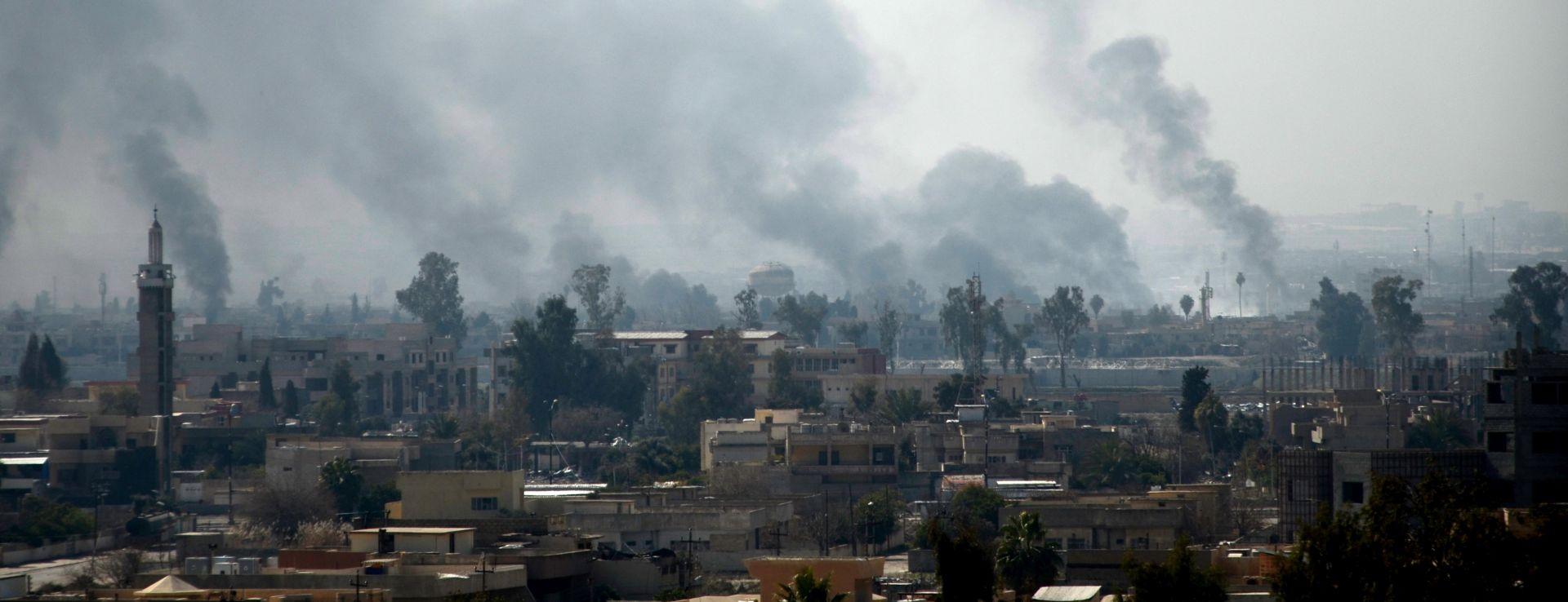 SUKOBI U MOSULU: Iračke snage zauzele vladine zgrade i muzej