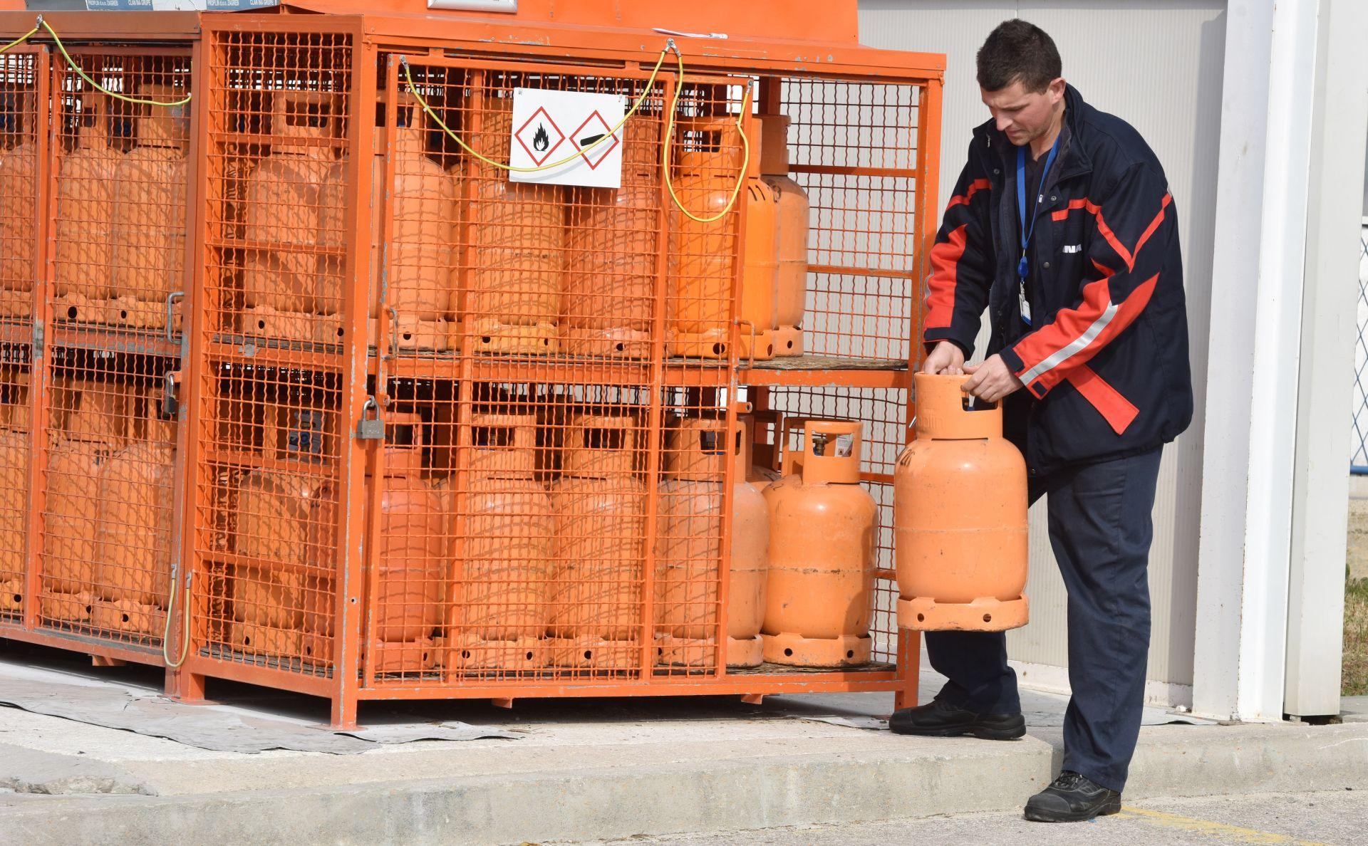 PROPUST SLUŽBENIKA: Iz Ministarstva objavili pogrešan izračun cijene plina