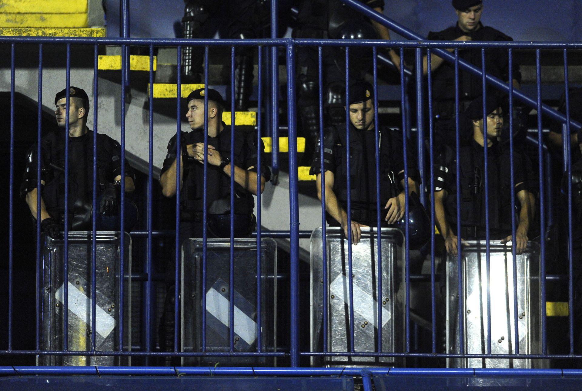 MOGUĆI IZGREDI: Policijske mjere sigurnosti uoči utakmice Hrvatska – Ukrajina