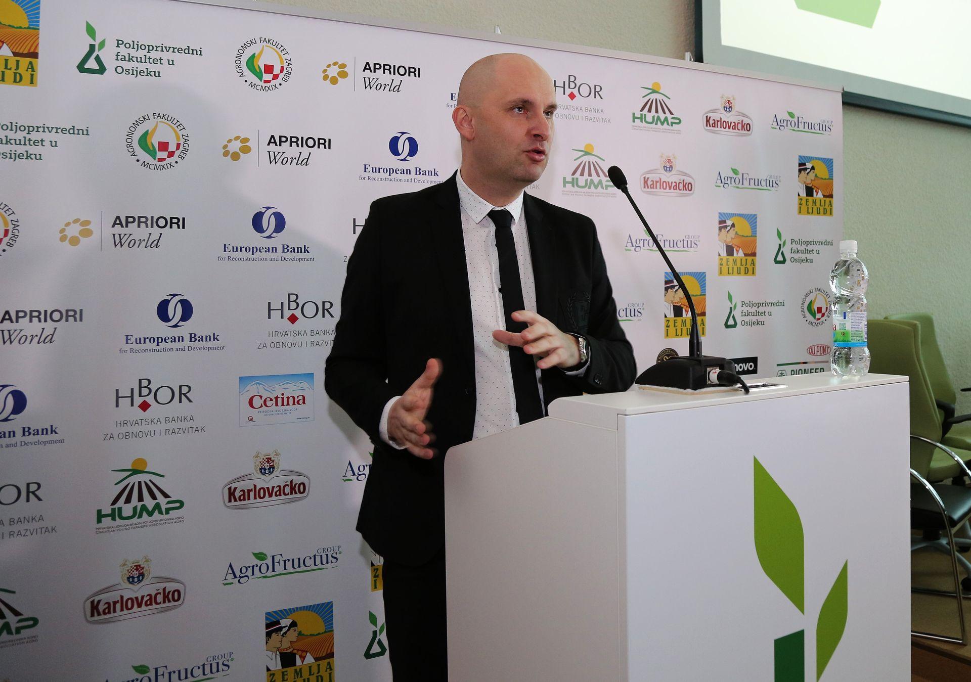 ZADAR Tolušić i Vella na konferenciji o planu upravljanja za malu plavu ribu