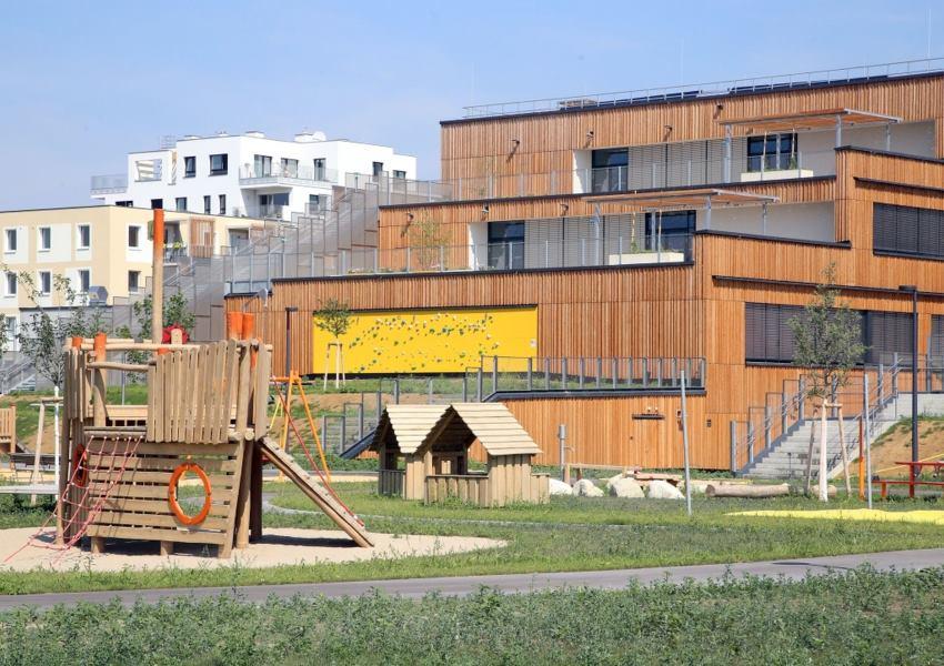 Besichtigung des neuen Bildungscampus Seestadt Aspern