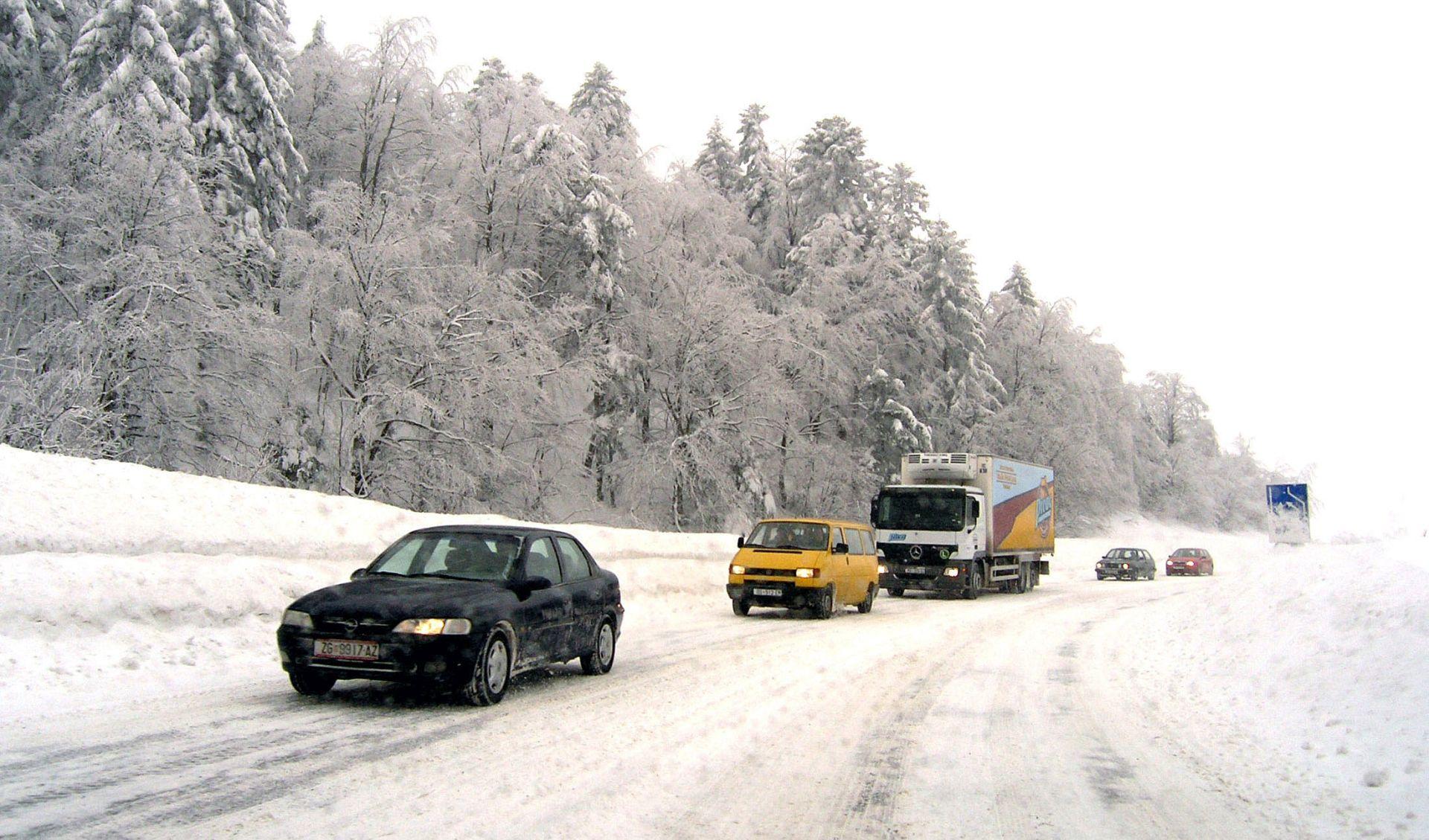 HAK: Dionice autocesta i Krčki i Paški otvoreni za sva vozila