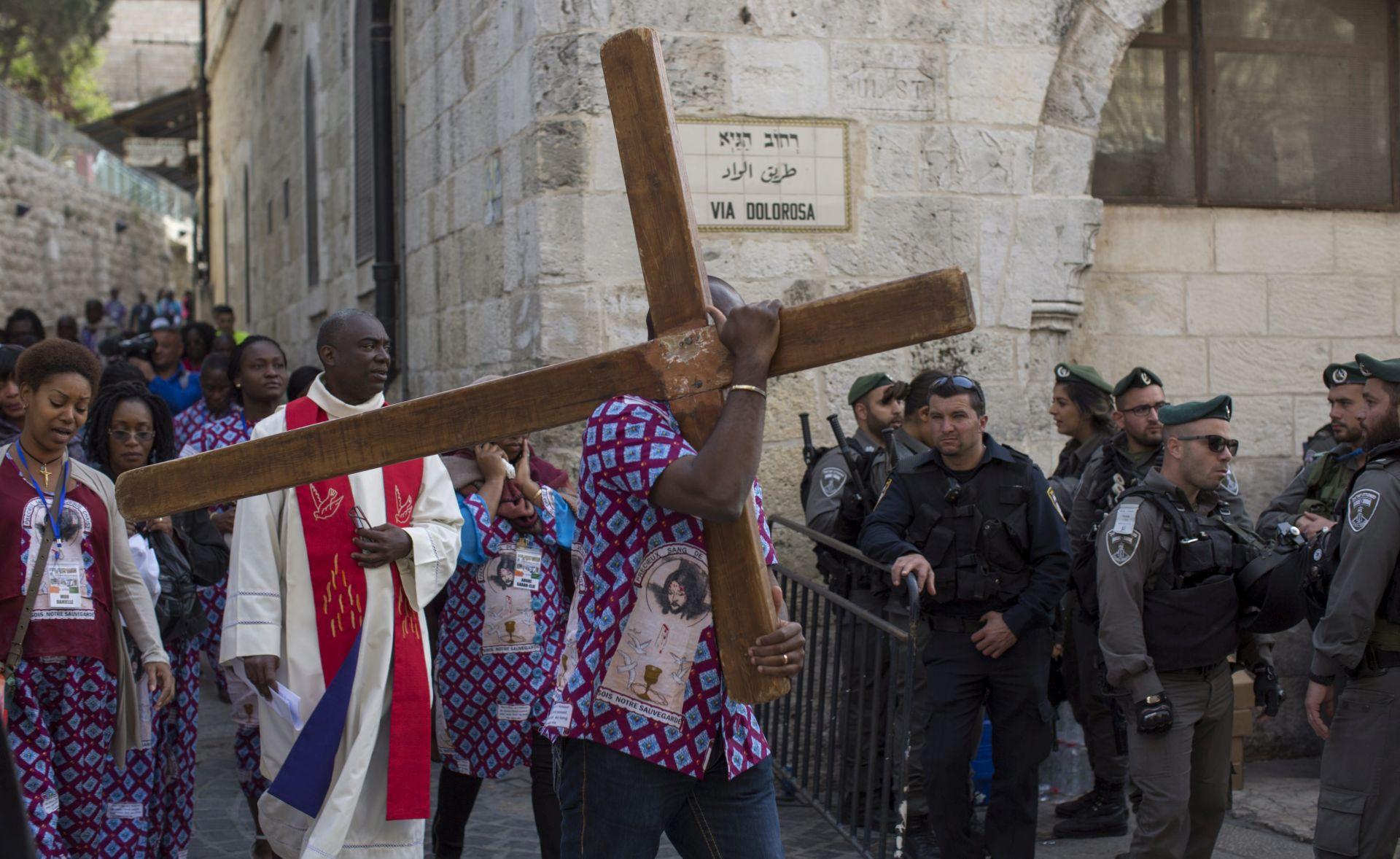 Hodočasnici u Jeruzalemu na procesijama Velikog petka