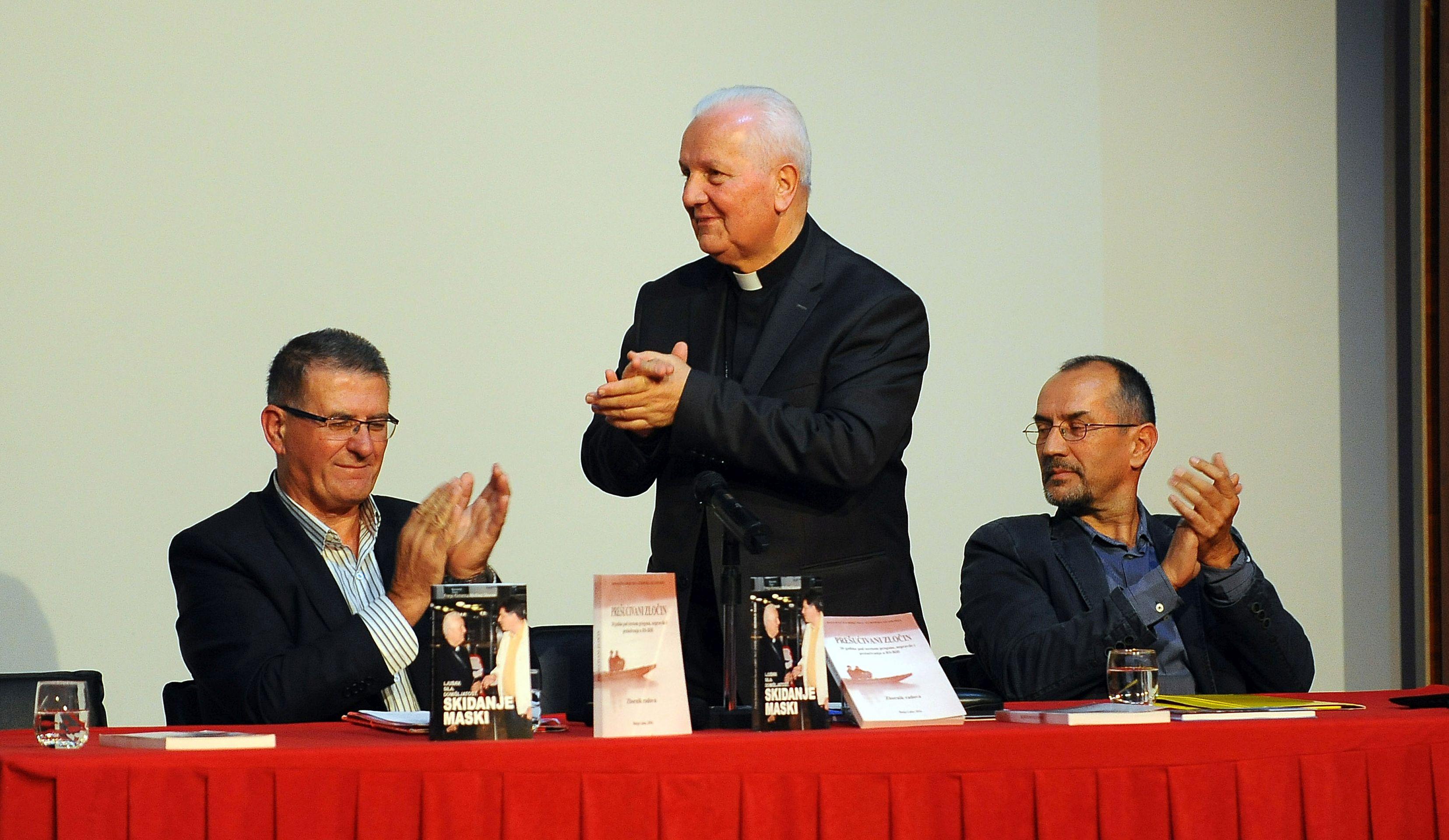Dodik napao biskupa Komaricu, optužuje ga da širi laži o stanju u RS-u